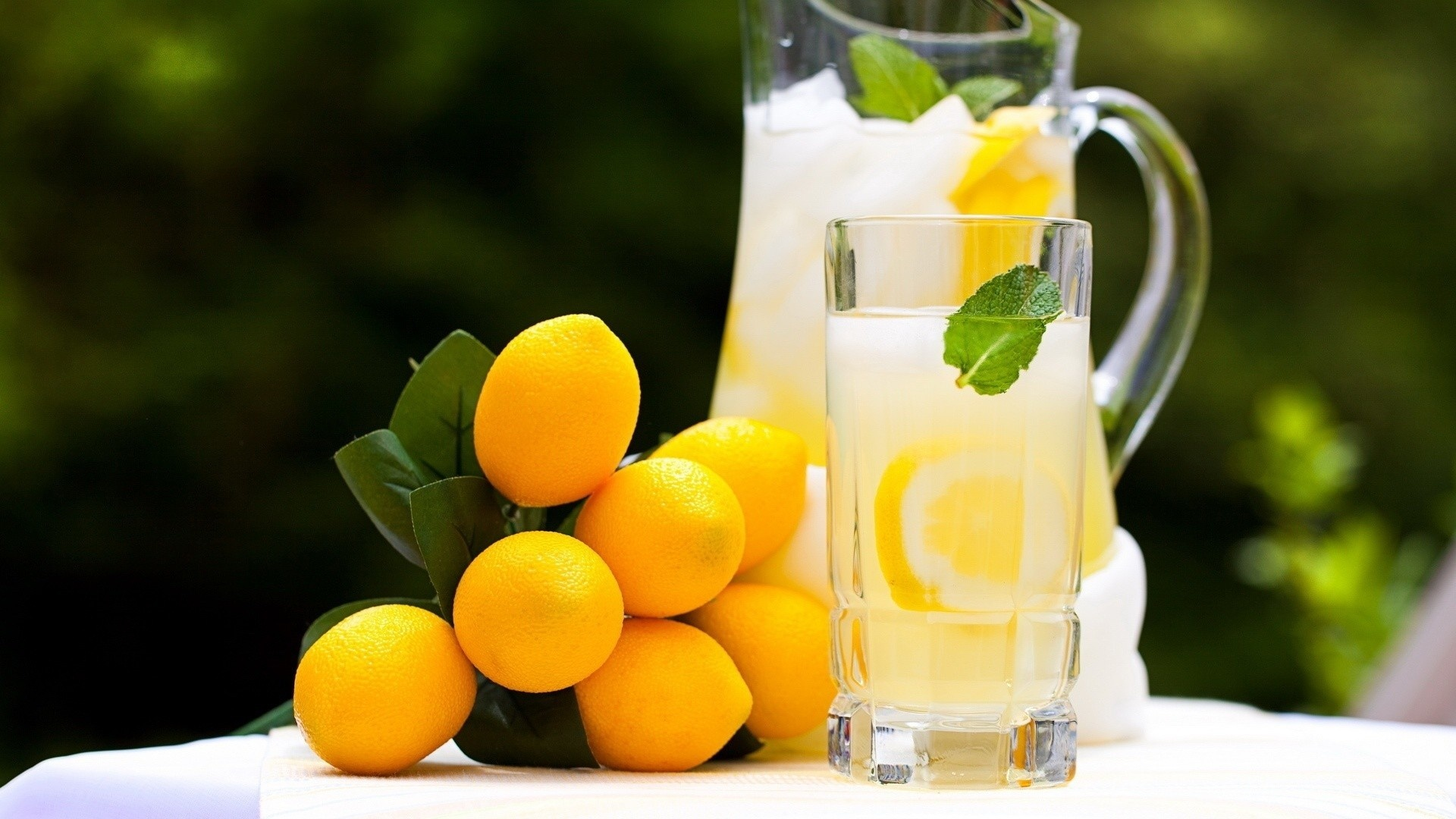 """Download the following Fresh Lemonade Wallpaper 1475 by clicking the button positioned underneath the """"Download Wallpaper"""" section."""