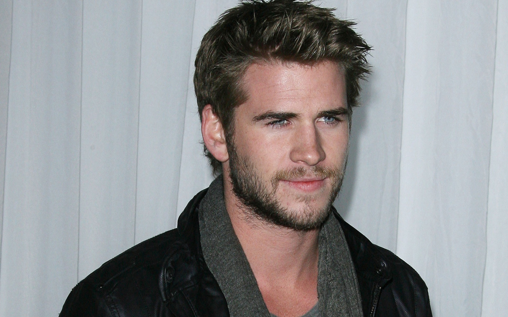 Liam Hemsworth Wallpaper · Liam Hemsworth Wallpaper ...