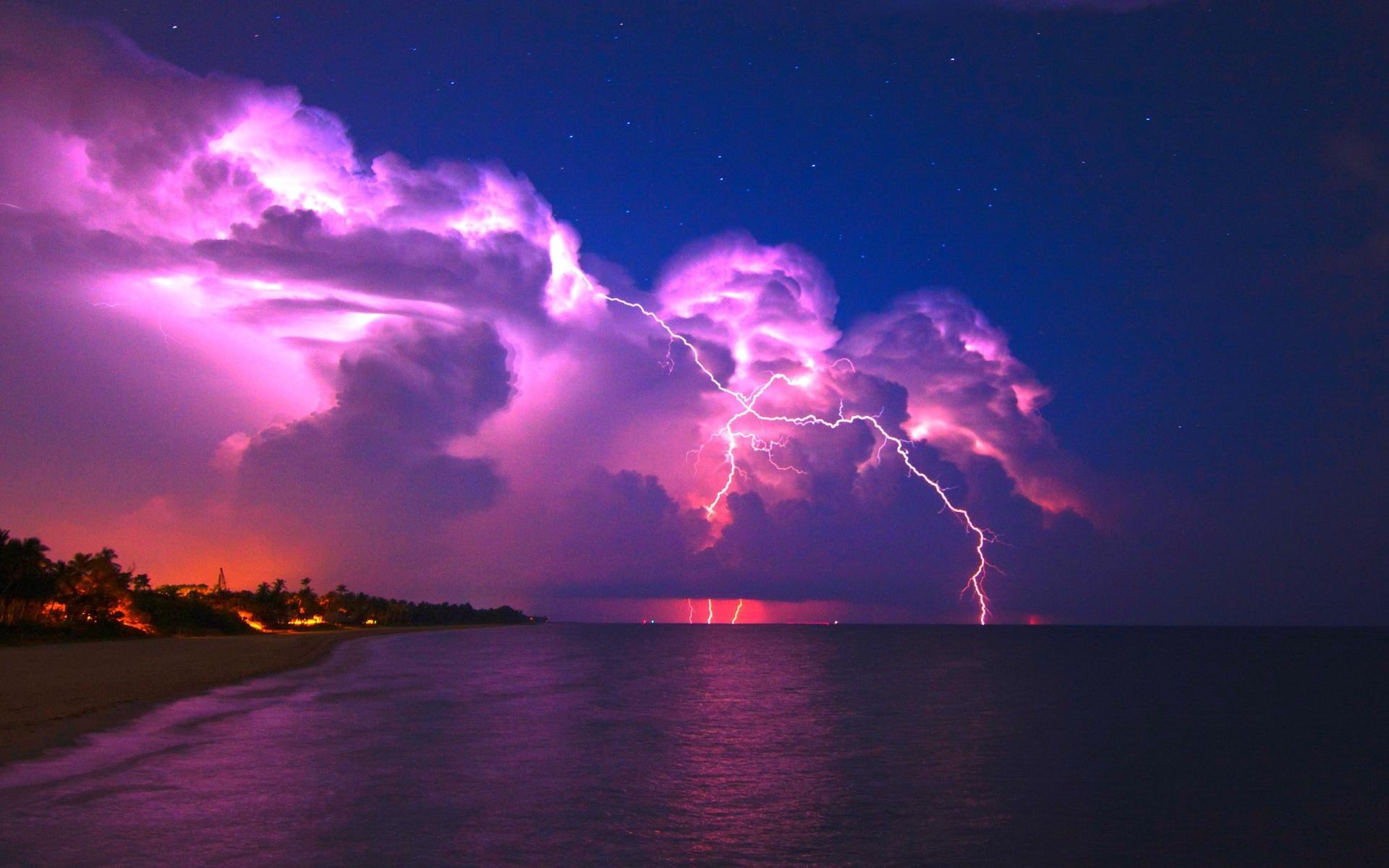 Lightning Storm Wallpaper