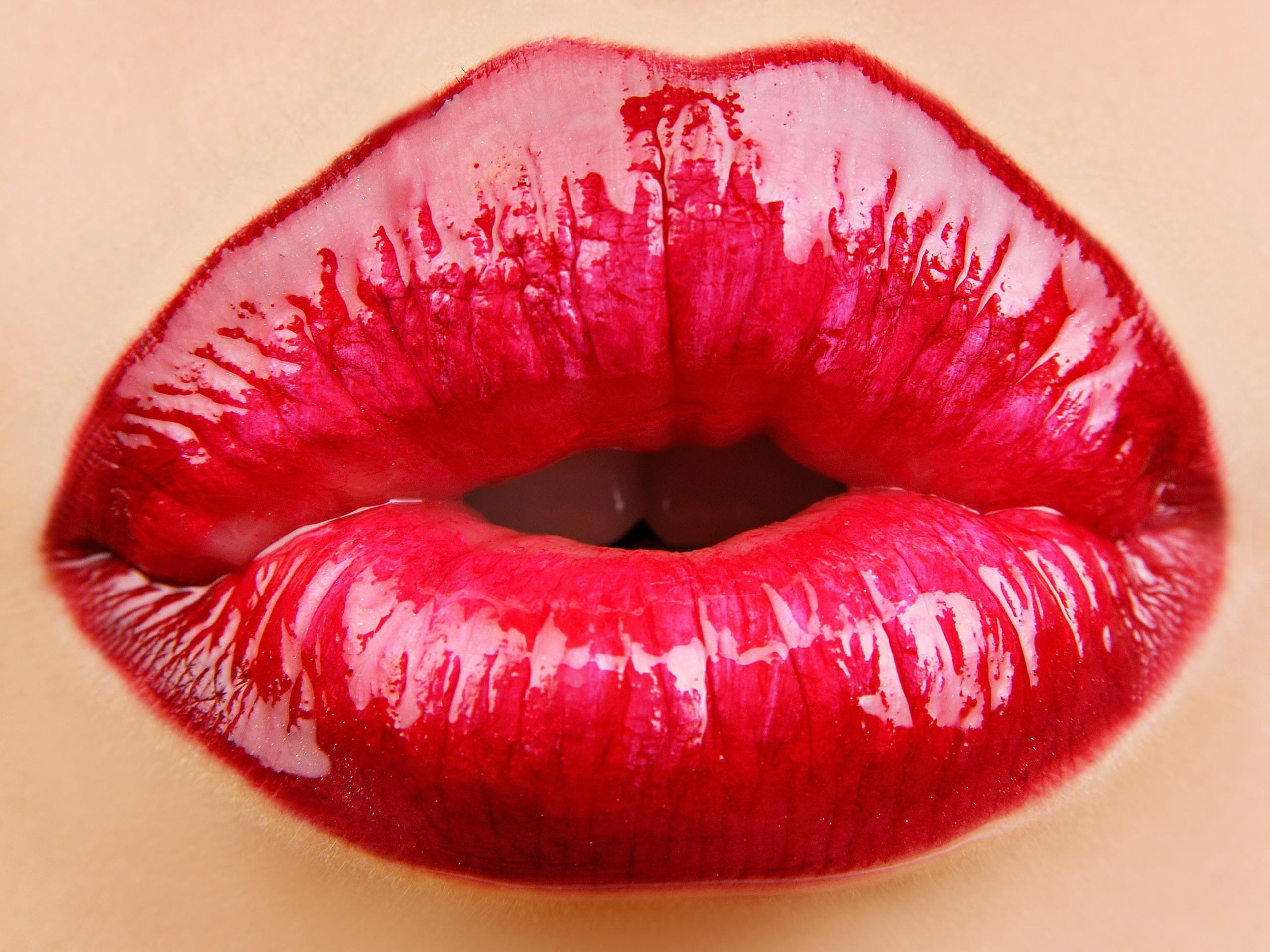 Close-up lips - Wallpaper 2560x1920