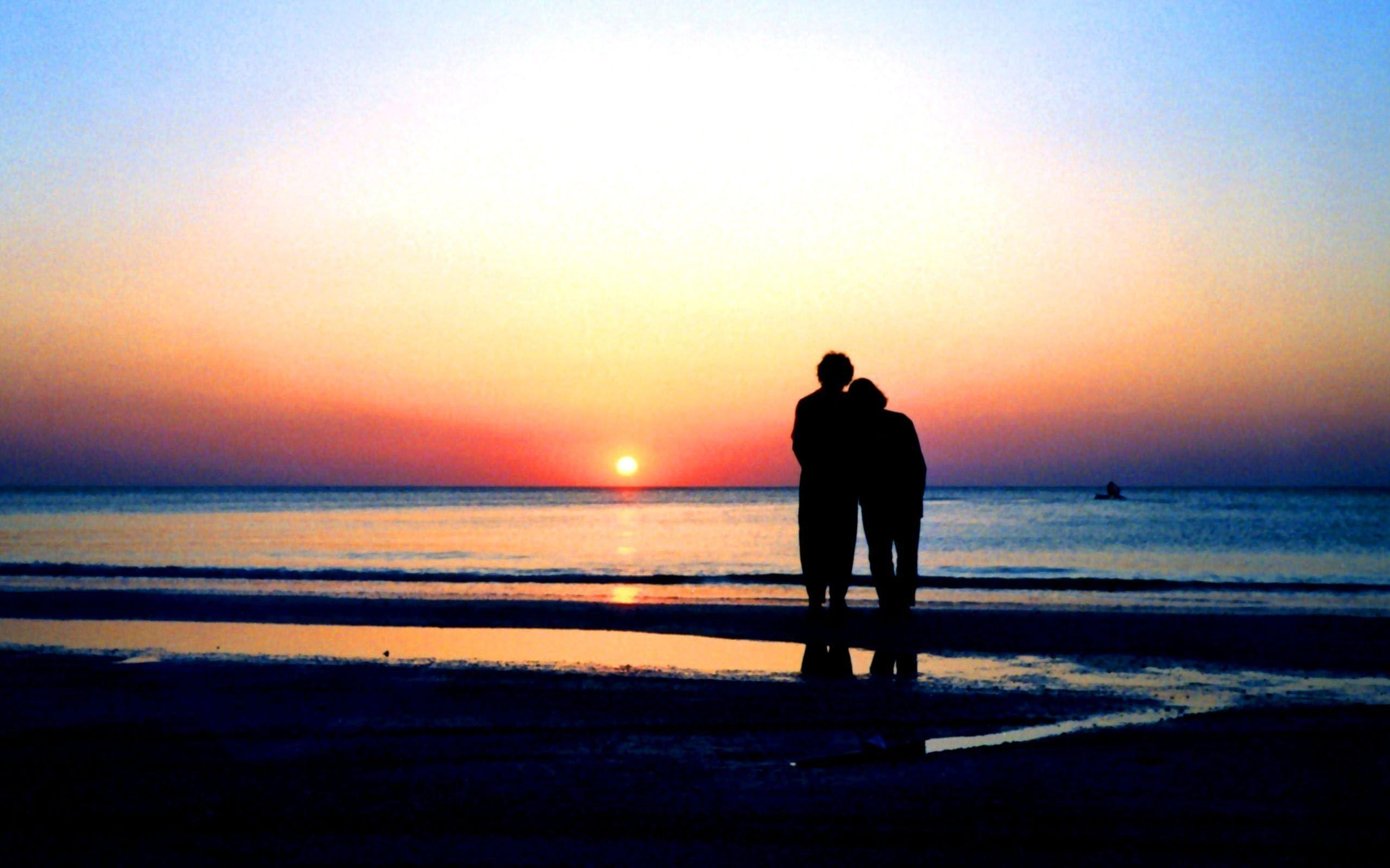 Love couple Guitar Wallpaper : Love beach sunset wallpaper 2560x1600 #28116