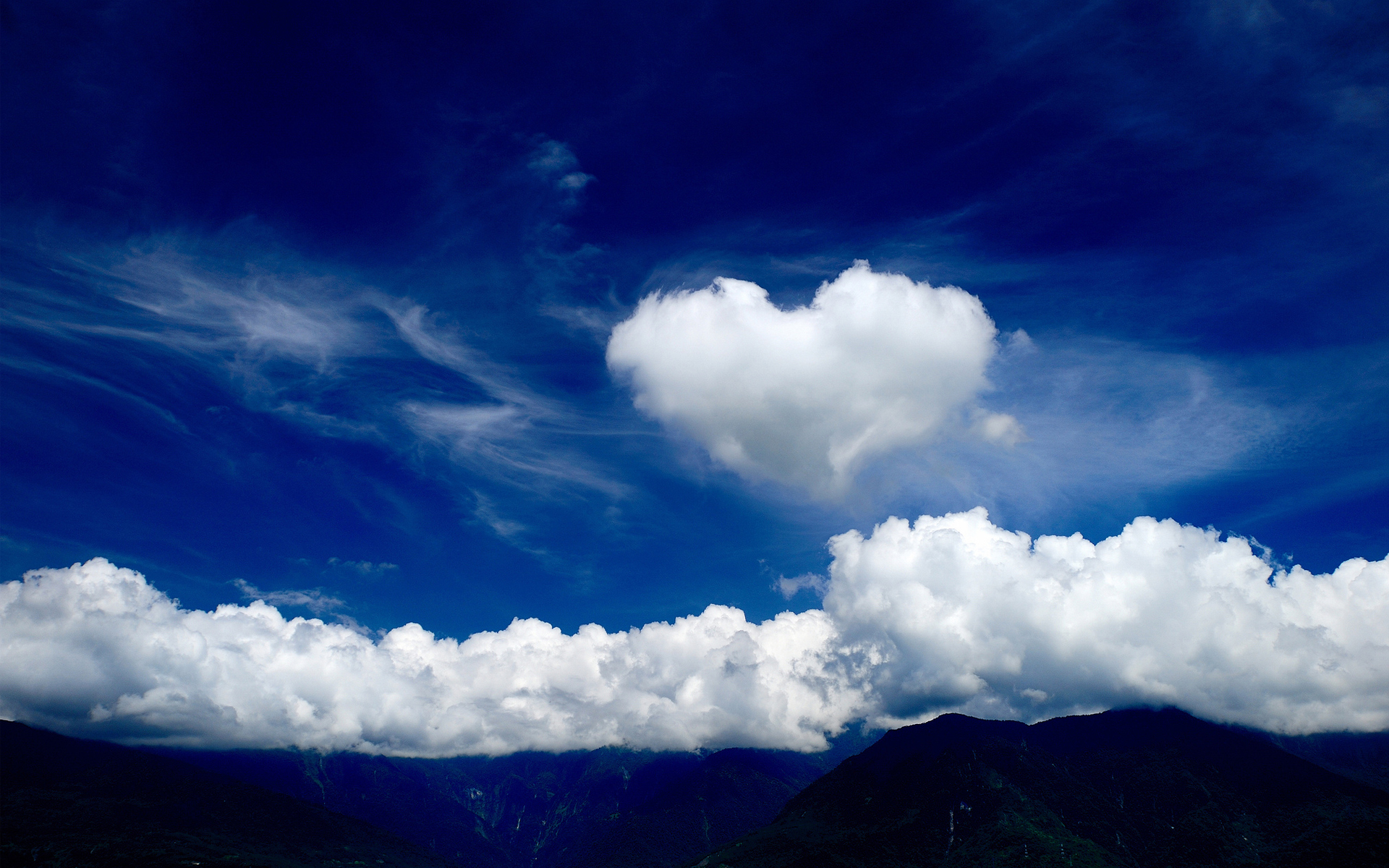 Love heart cloud