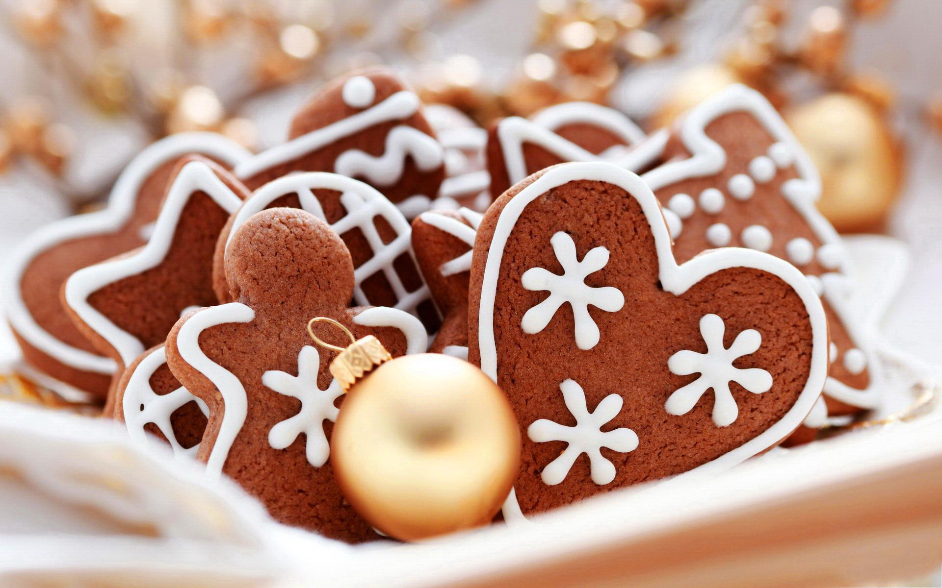 Lovely Christmas Cookies Wallpaper