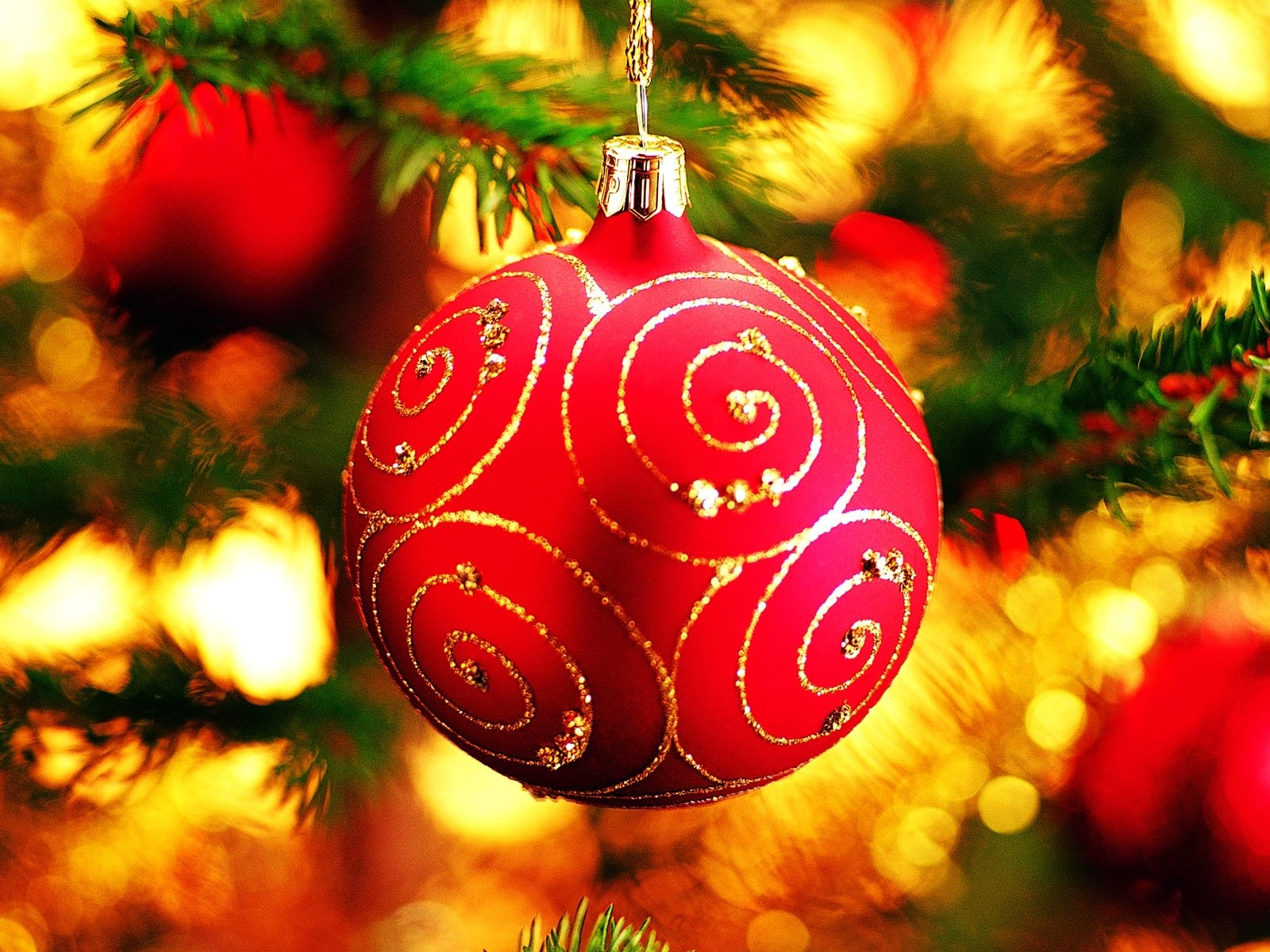 Lovely Christmas Ornament 38758 1600x1200 px