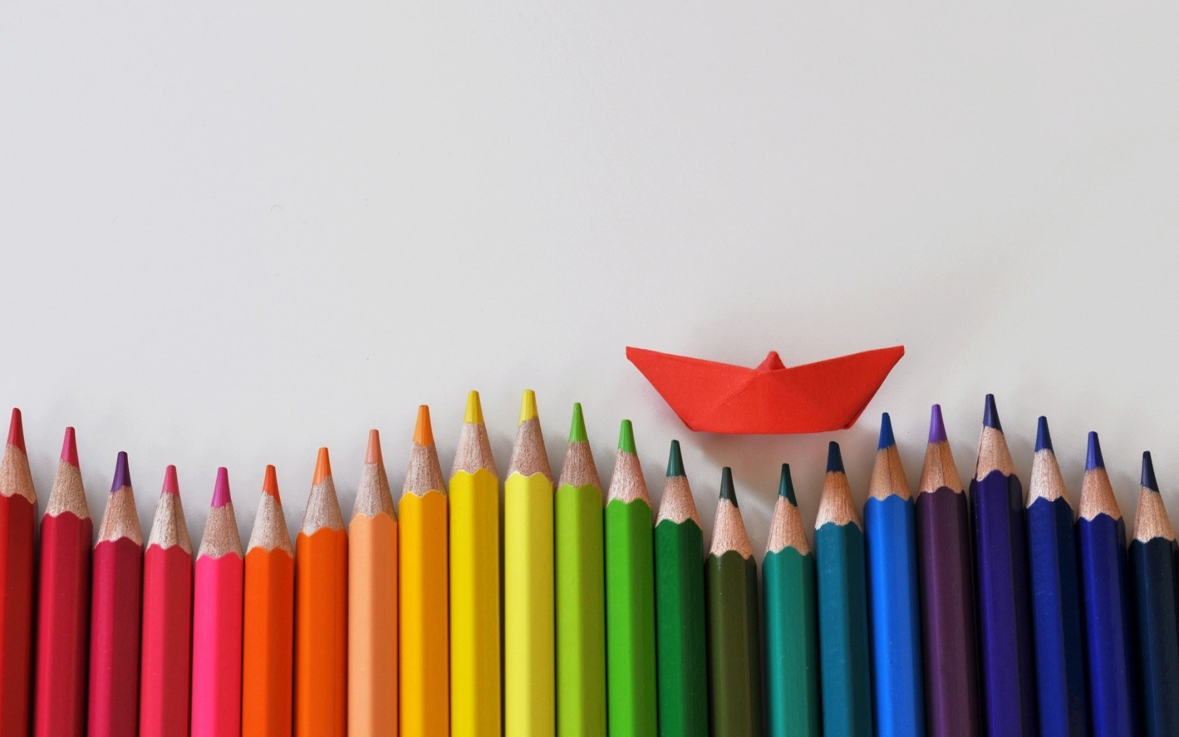 Lovely Colored Pencils Wallpaper