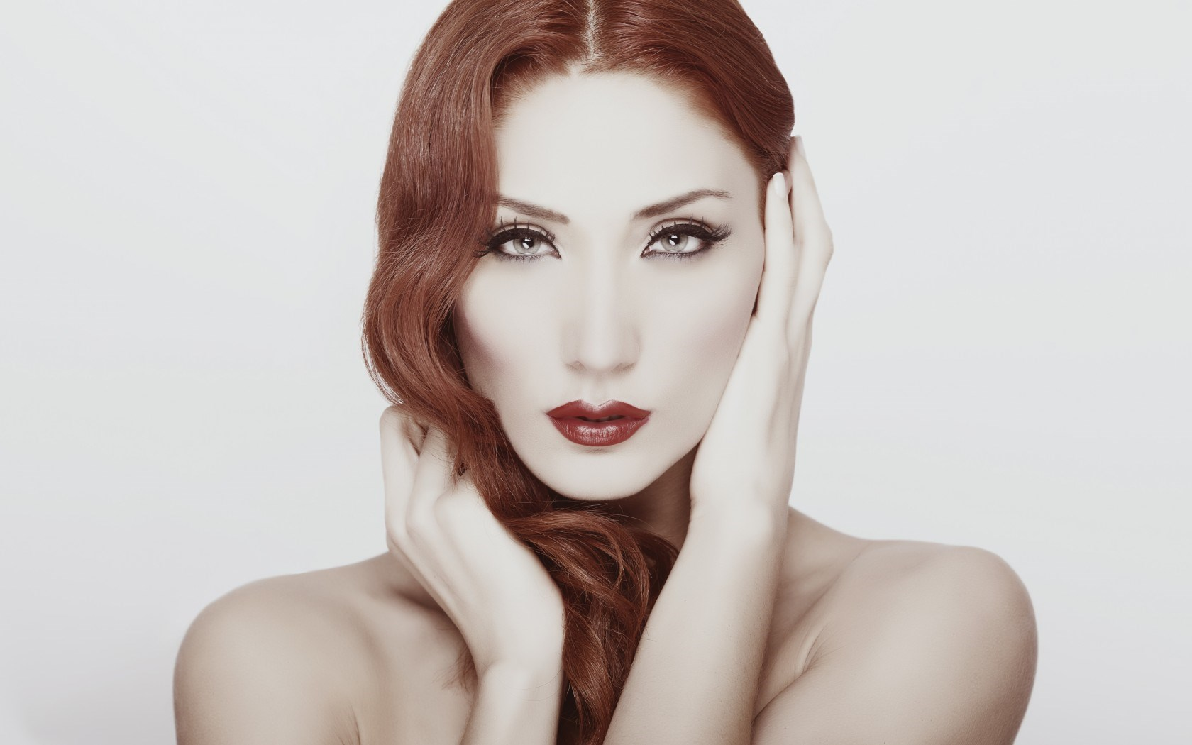 Lovely Girl Redhead Makeup