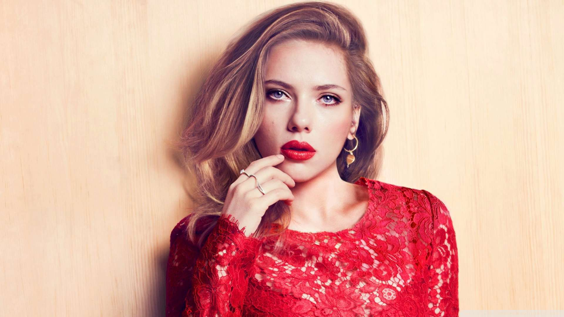 Lovely Red Dress Wallpaper