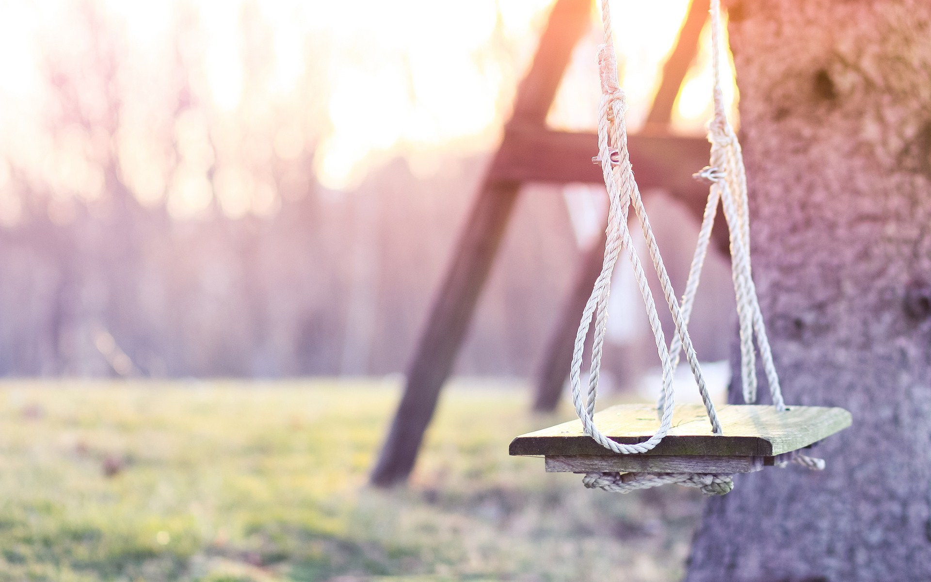 Lovely Swing Set Wallpaper