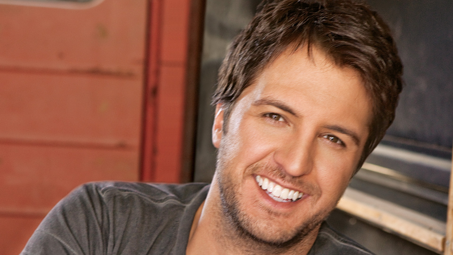 Luke Bryan close up