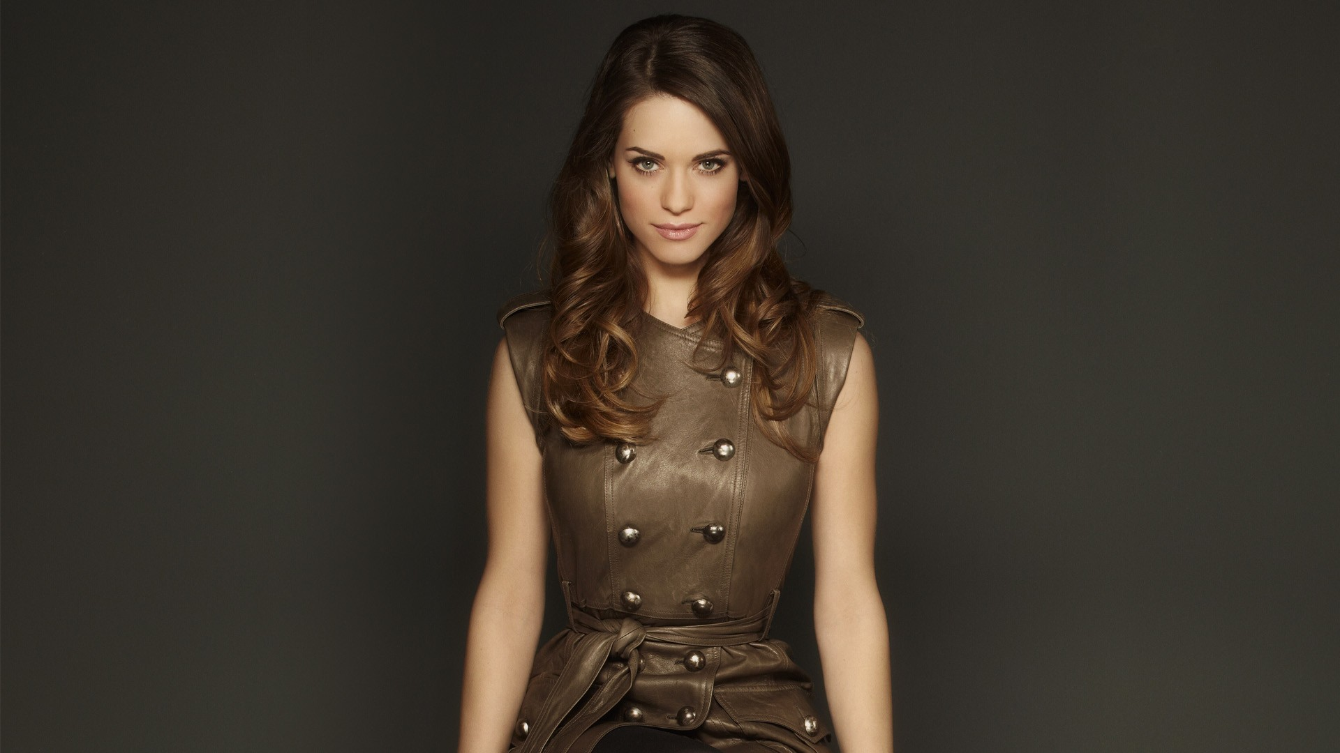 Lyndsy Fonseca Wallpaper-0