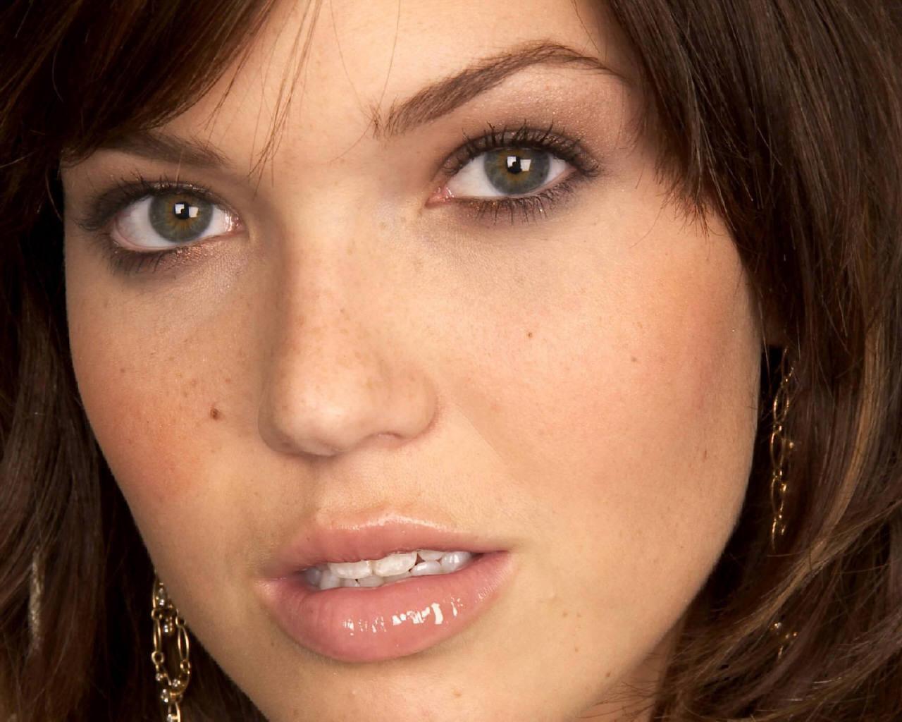 Mandy Moore Mandy Moore