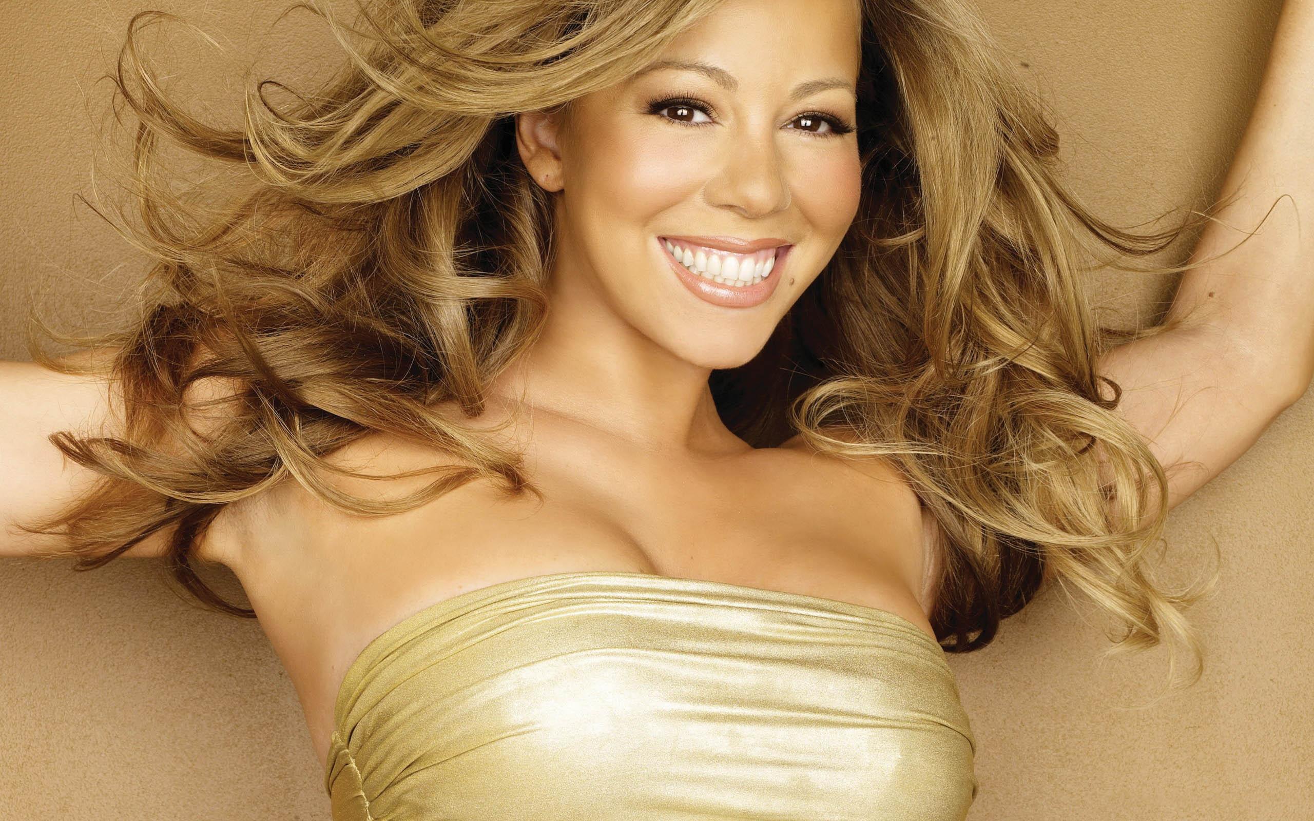 ... Mariah Carey ...