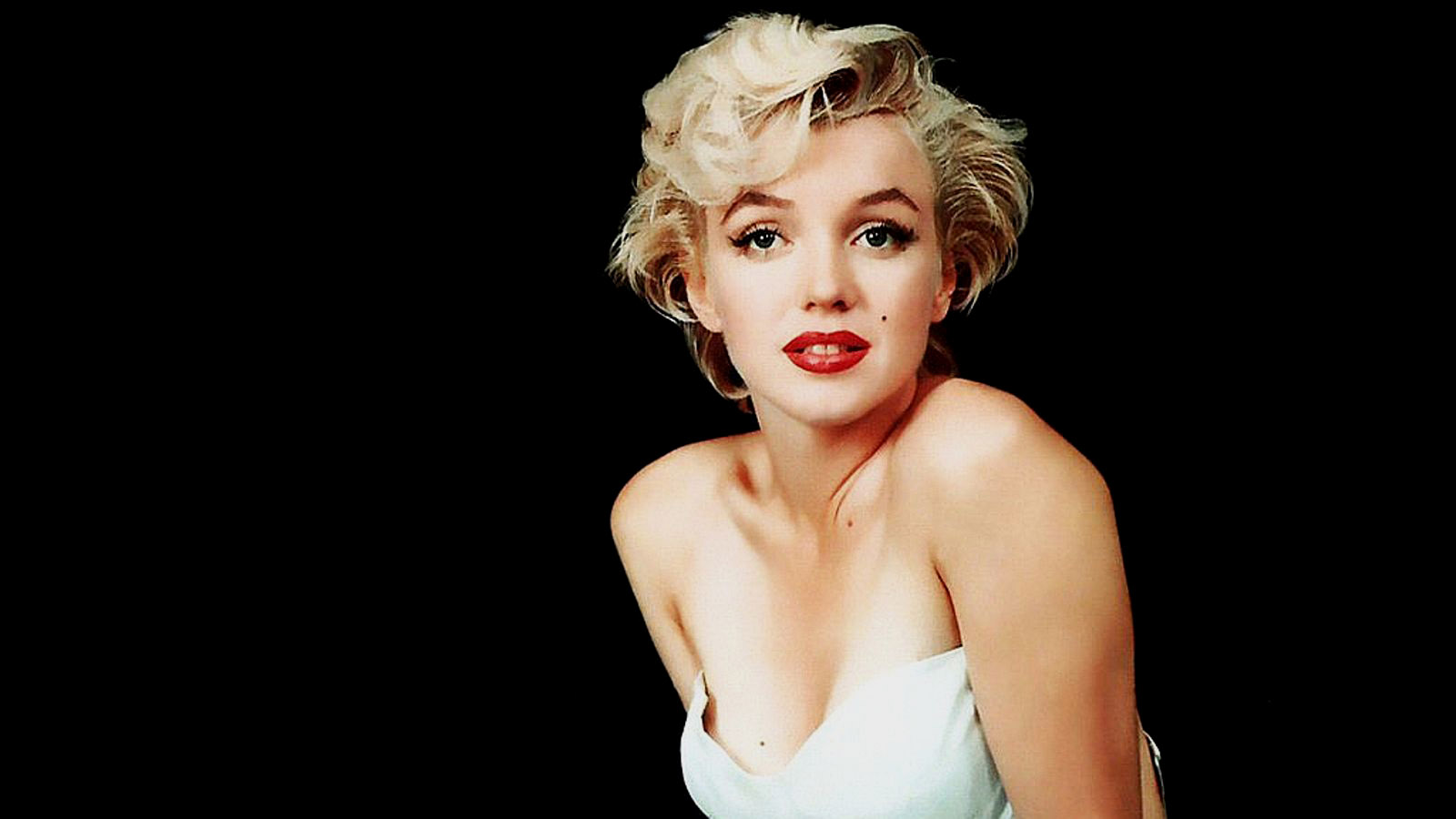 There will never be another like Marilyn Monroe. Born Norma Jeane Mortenson in 1926, Marilyn started her career modelling, followed with tiny, ...