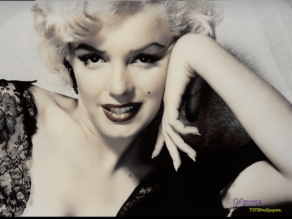 Marilyn - marilyn-monroe Wallpaper
