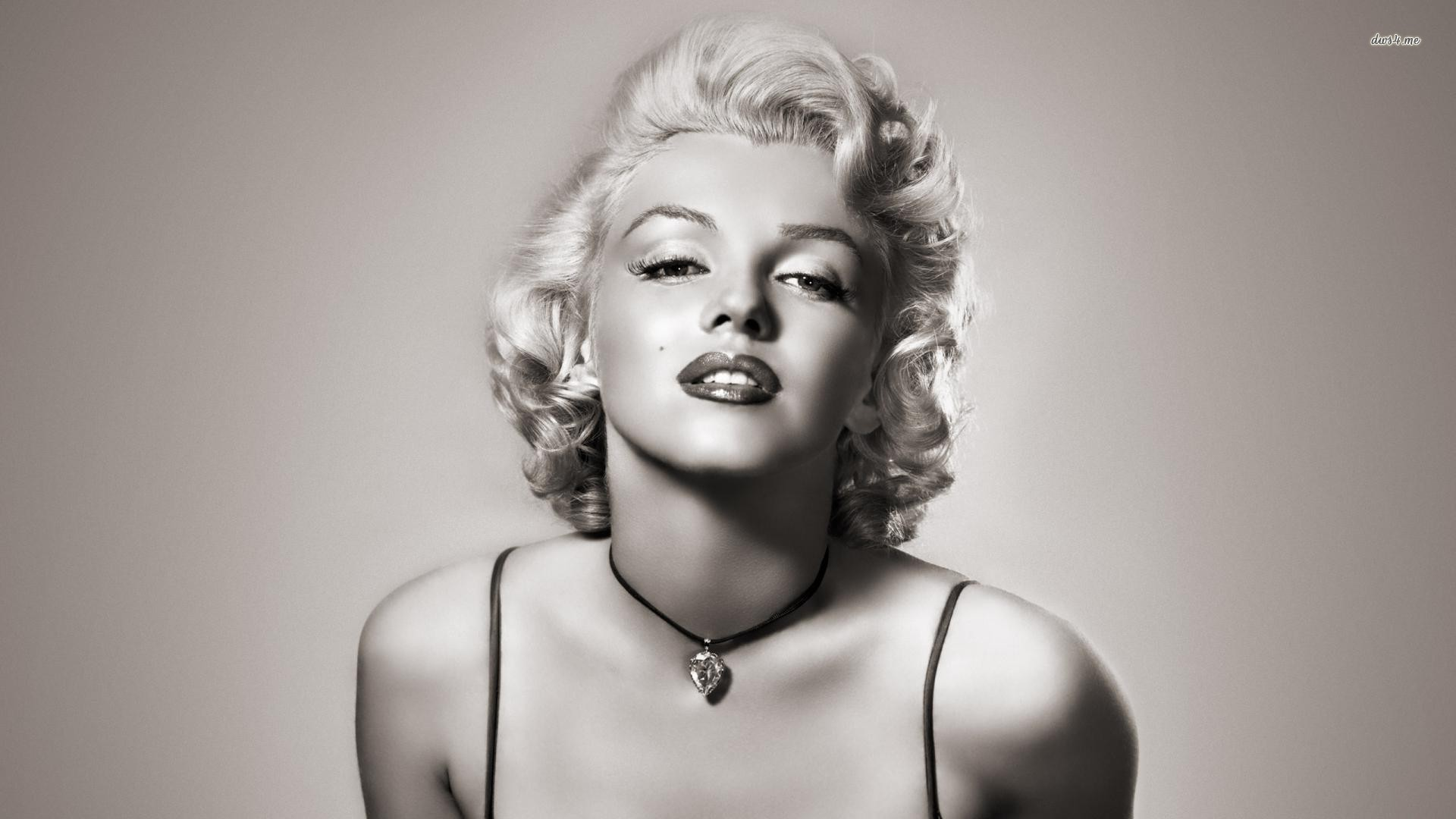 Marilyn Monroe Wallpaper Full Picture