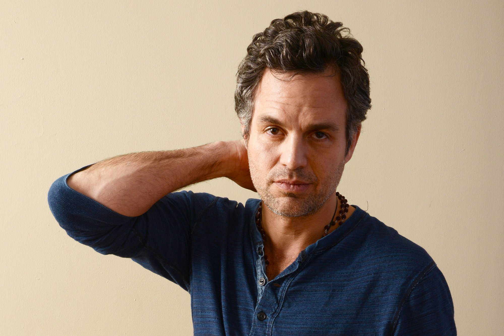 [News] Mark Ruffalo Wants War Crimes Charges fo ... | Veooz 360