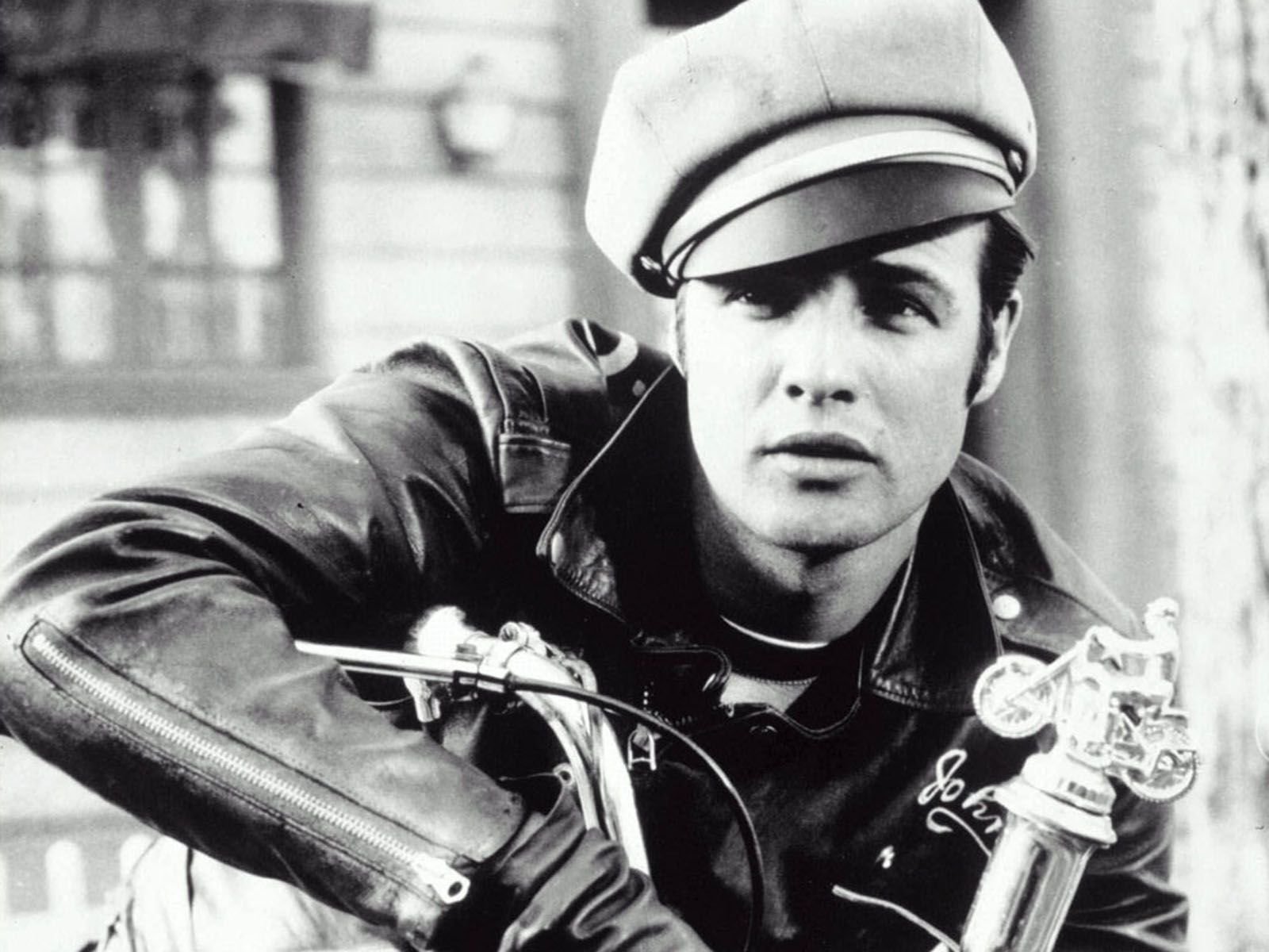 The original bad boy, Brando played the part well, dressing in American leather motorcycle jackets and matching MC boots, selvage denim and the perfectly ...