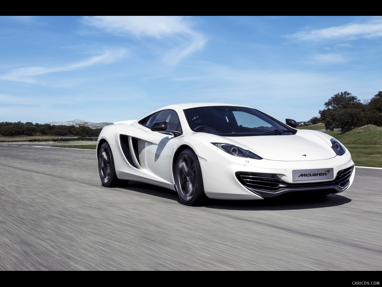 2013 McLaren MP4-12C - Front Wallpaper