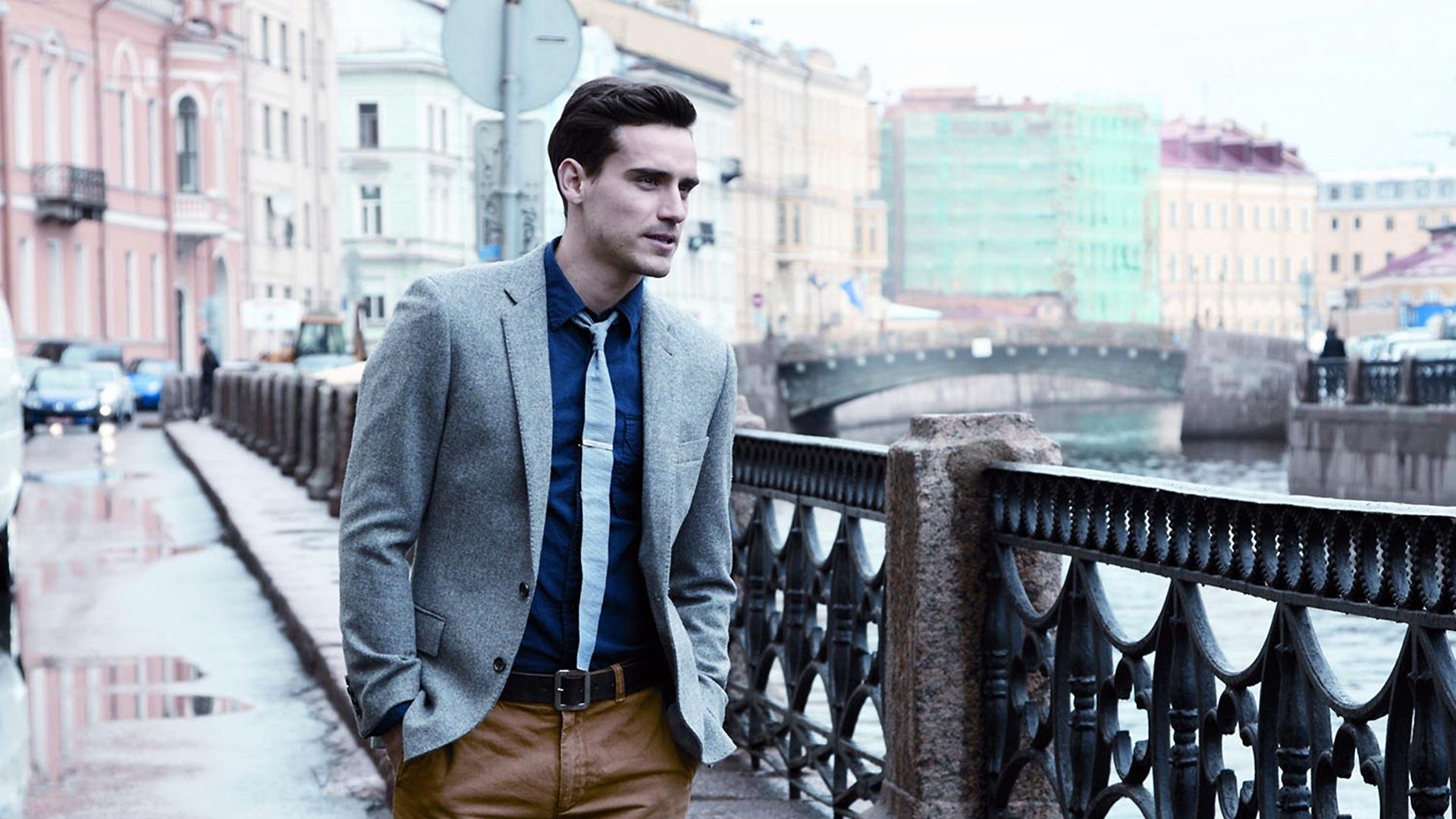 DOWNLOAD DESKTOP BACKGROUND: Men Fashion Background - FULL SIZE ...