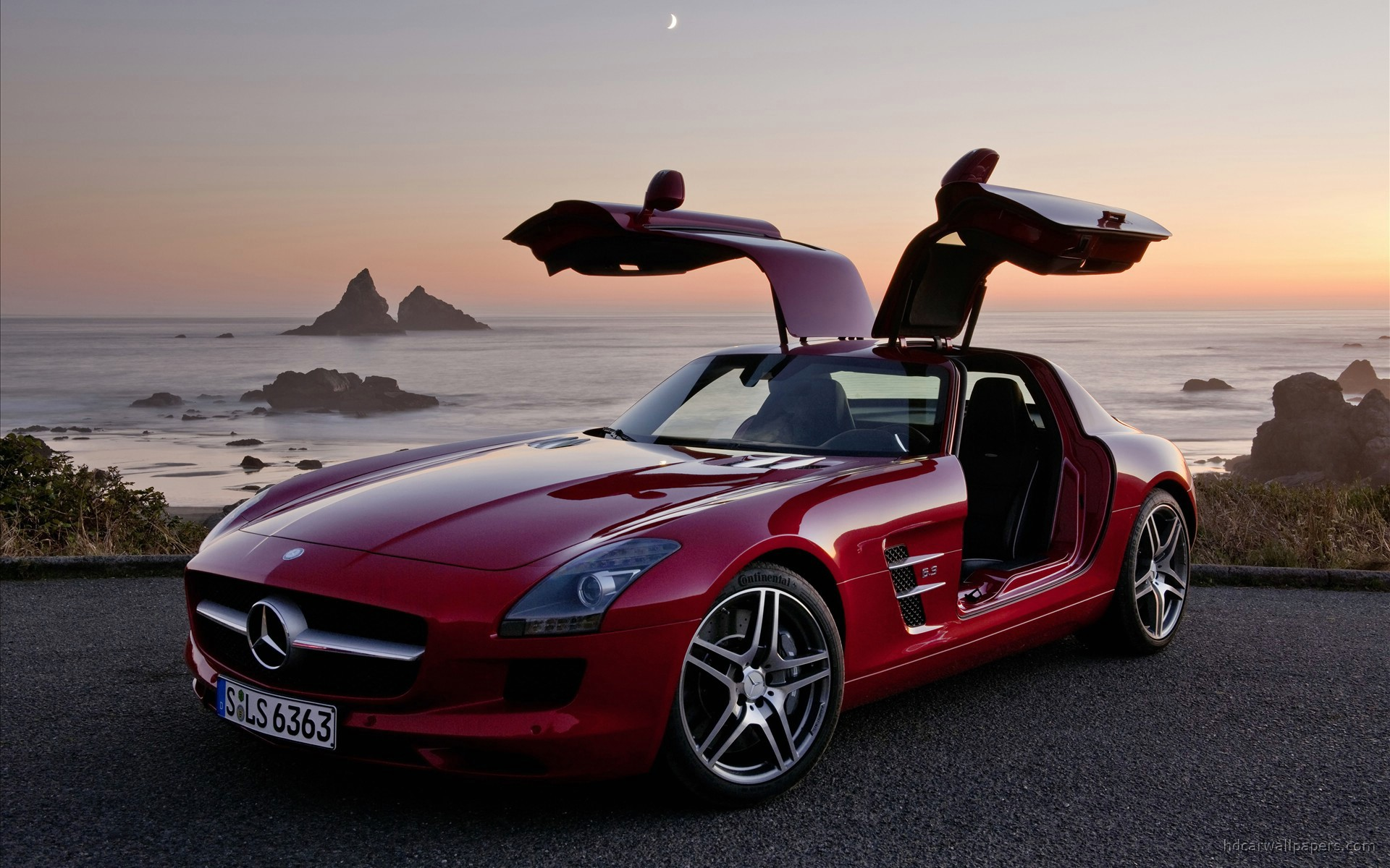 Mercedes SLS Wallpaper HD