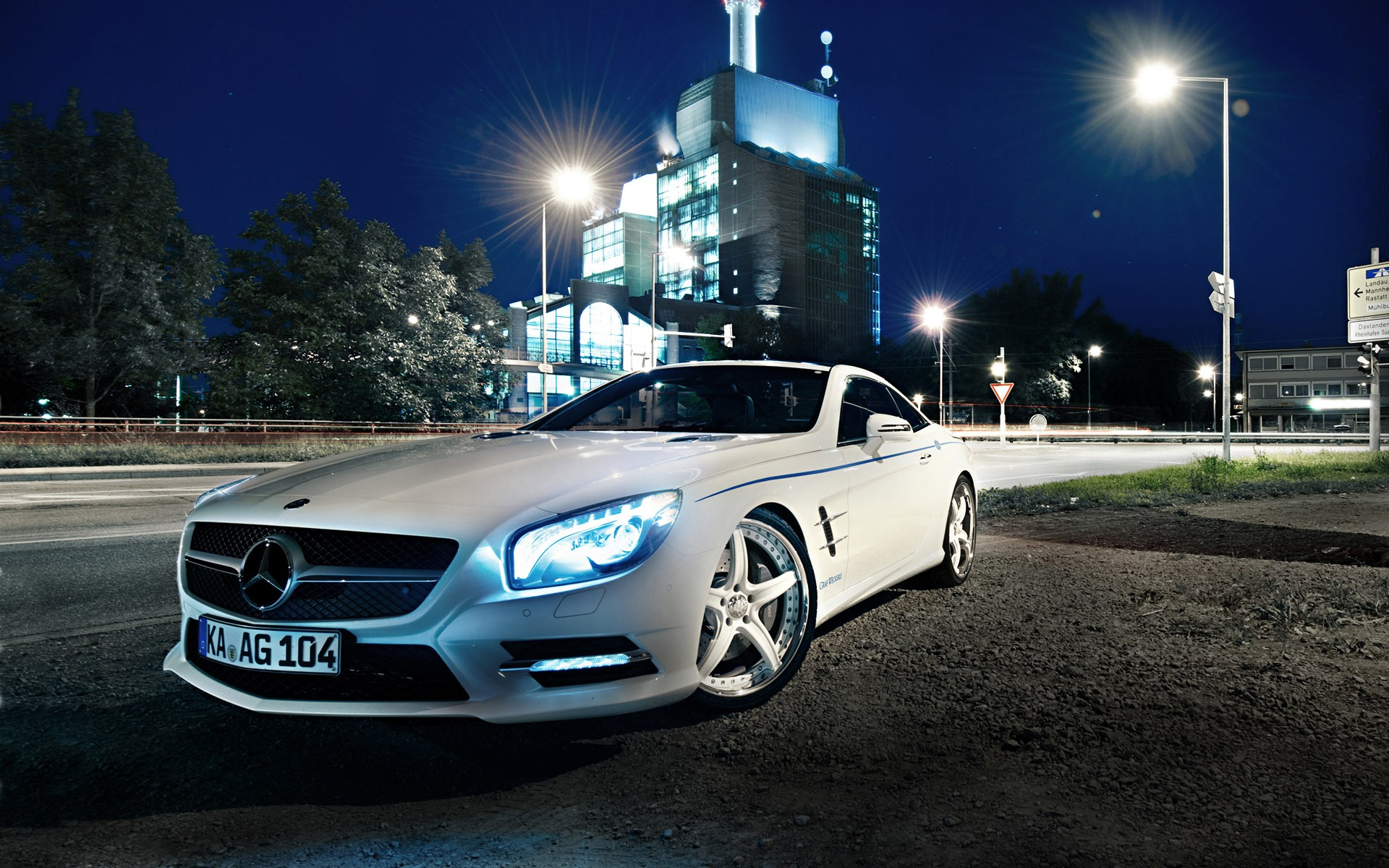 Amazing Mercedes Wallpaper