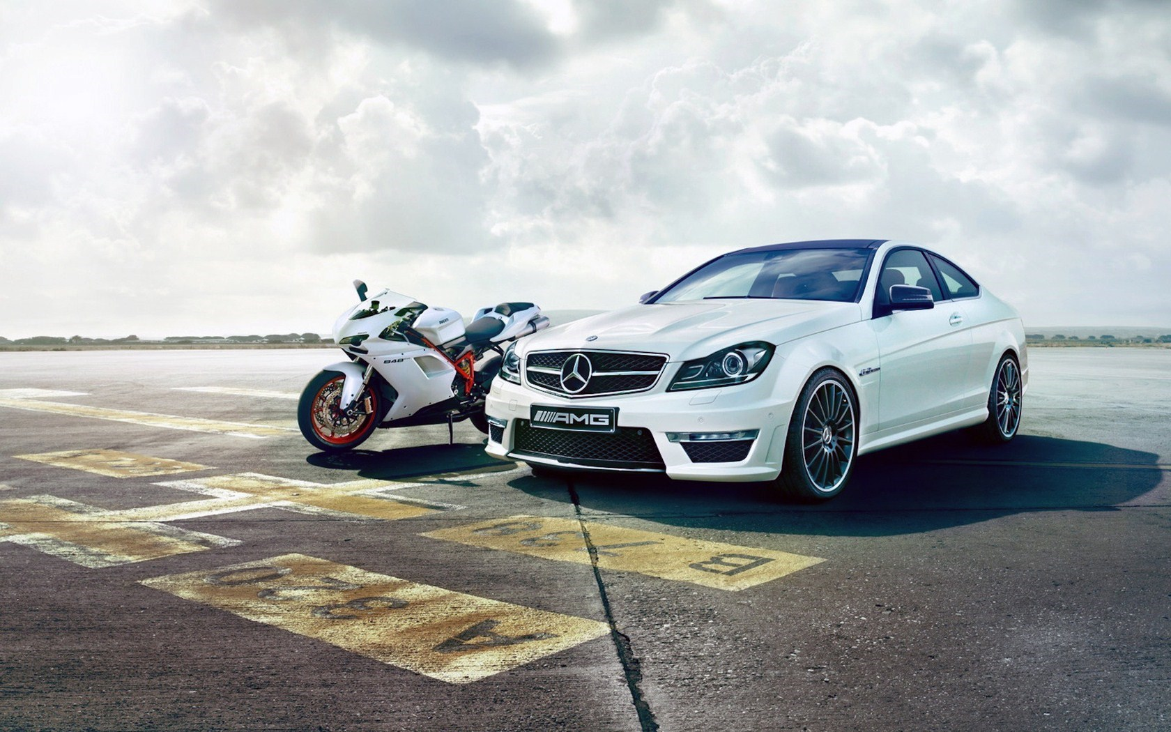 Mercedes-Benz C63 AMG Motorcycle Ducati 848