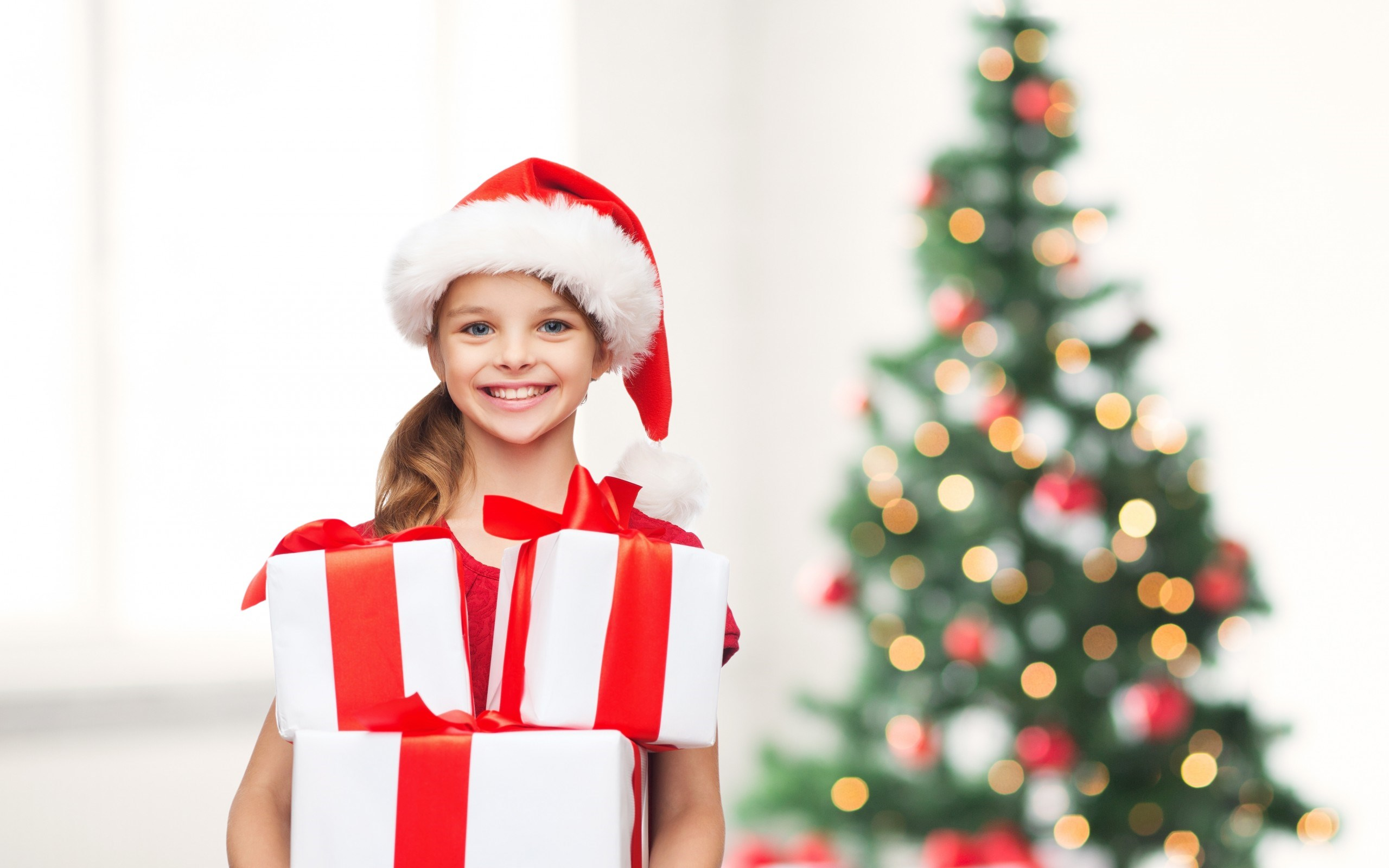 Merry Christmas Tree Little Girl Happy Smile Child Gifts New Year