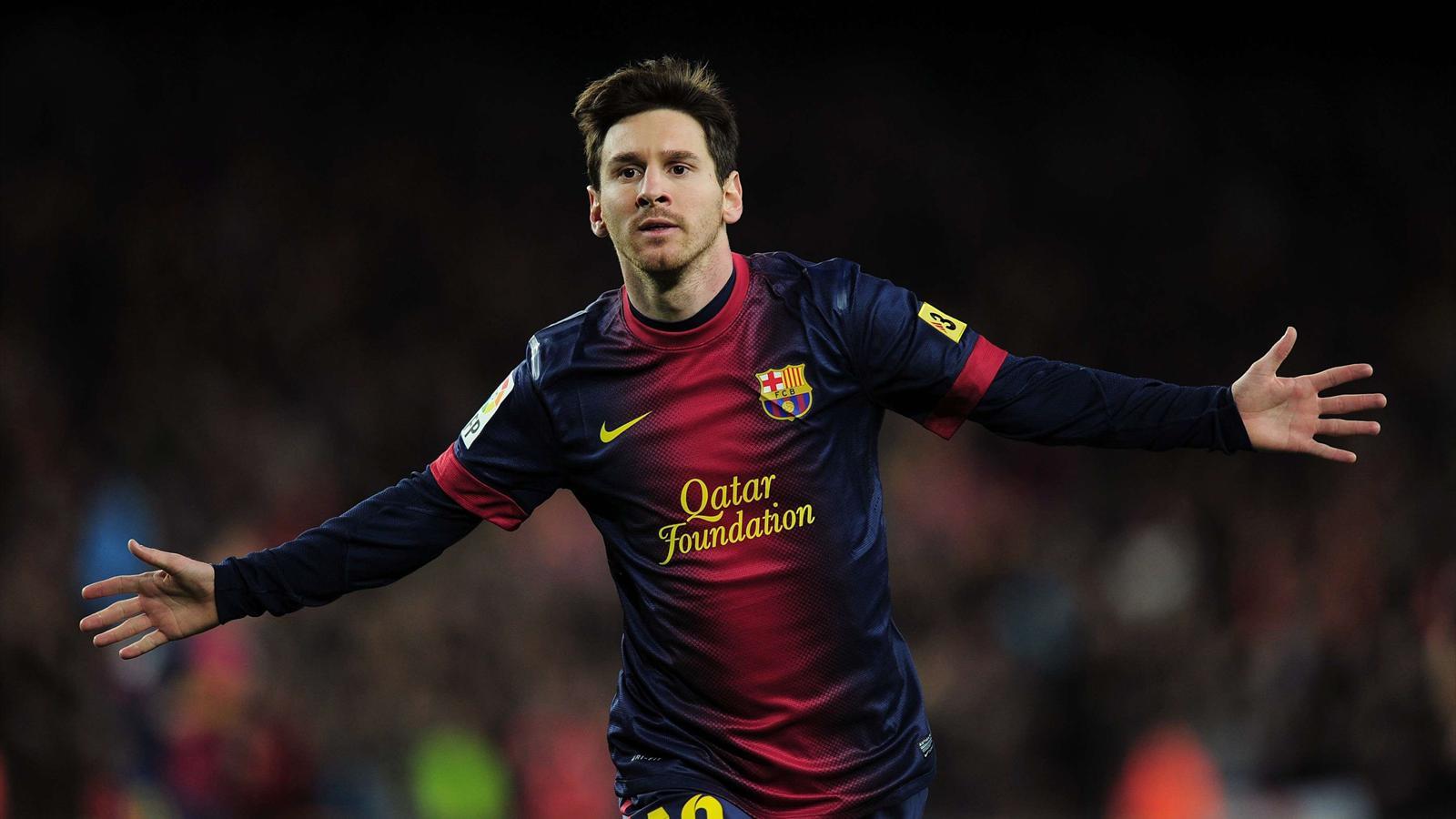 Messi in Saudi Arabia (Airport)
