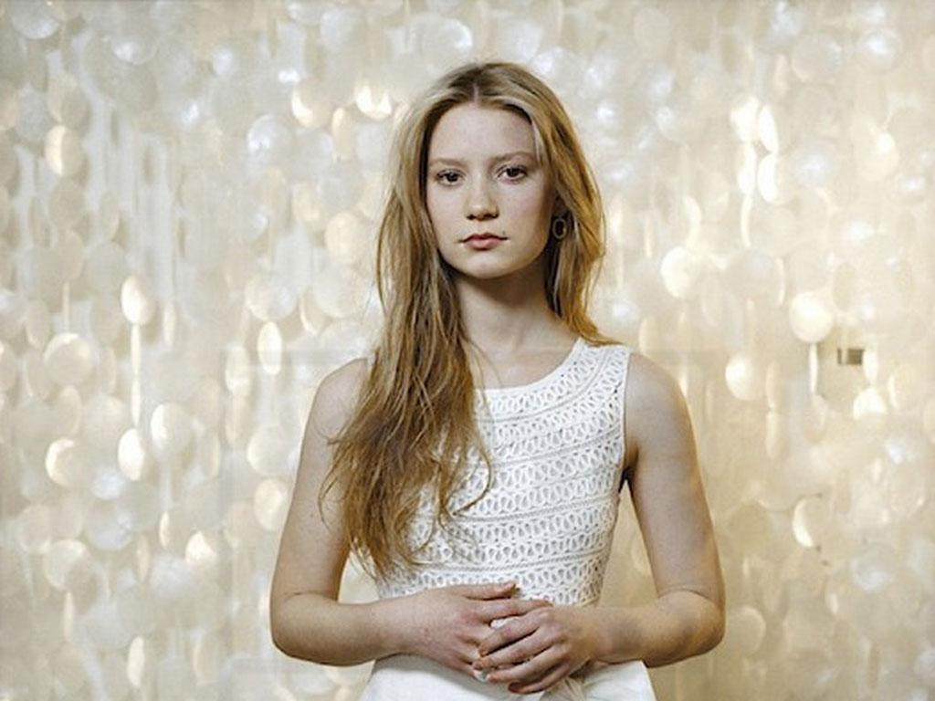 Mia Wasikowska Wallpaper