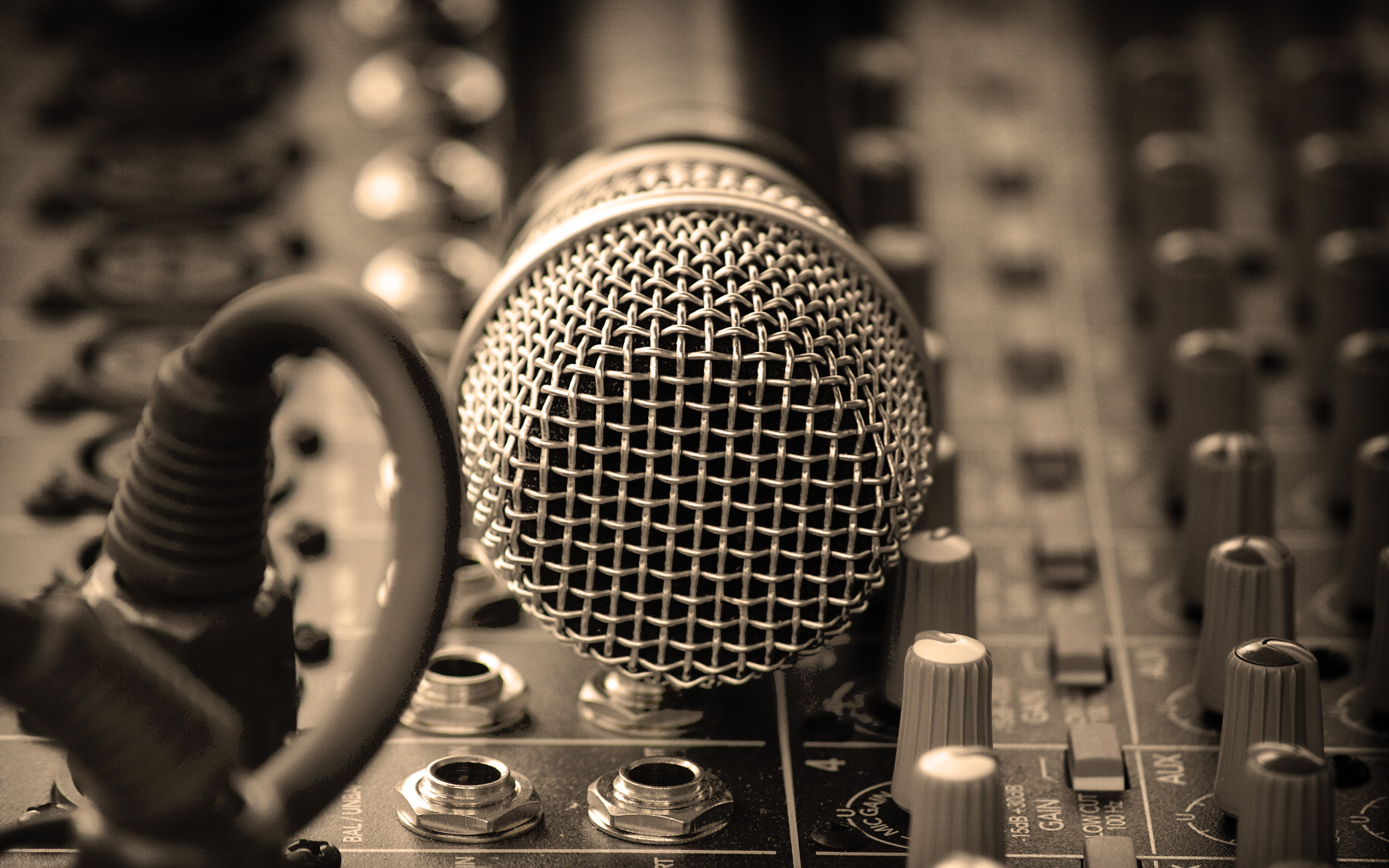 Microphone Wallpaper