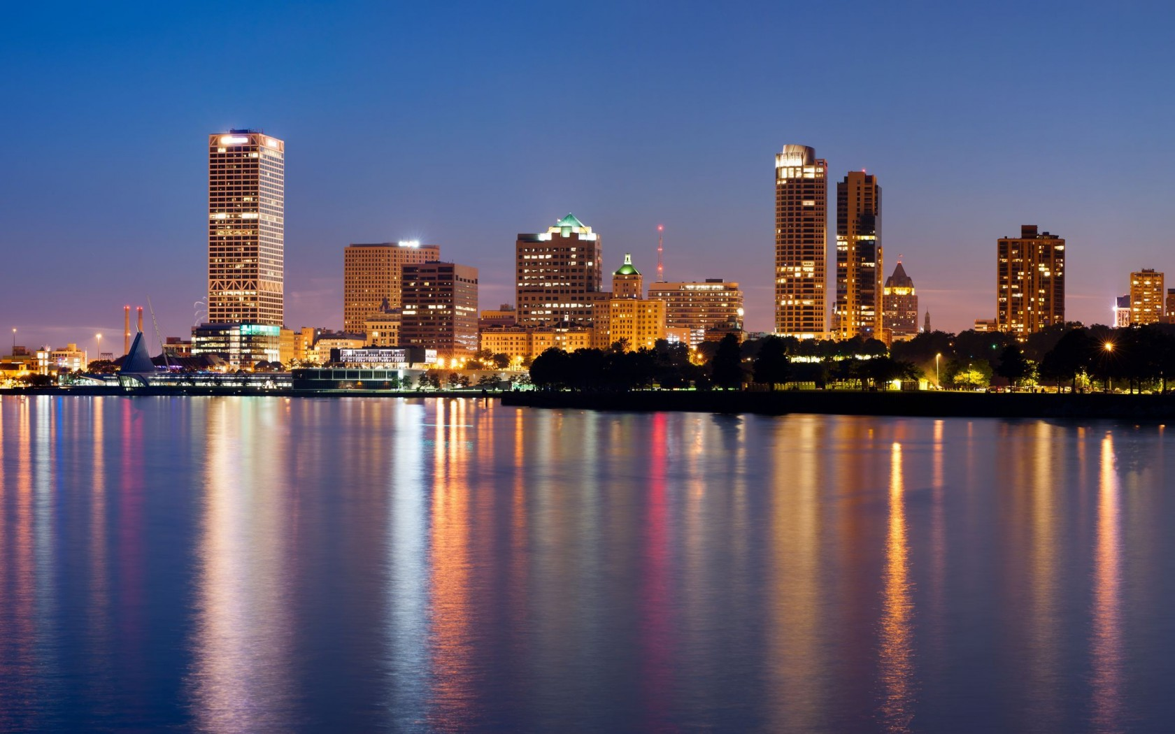 Milwaukee Wallpaper