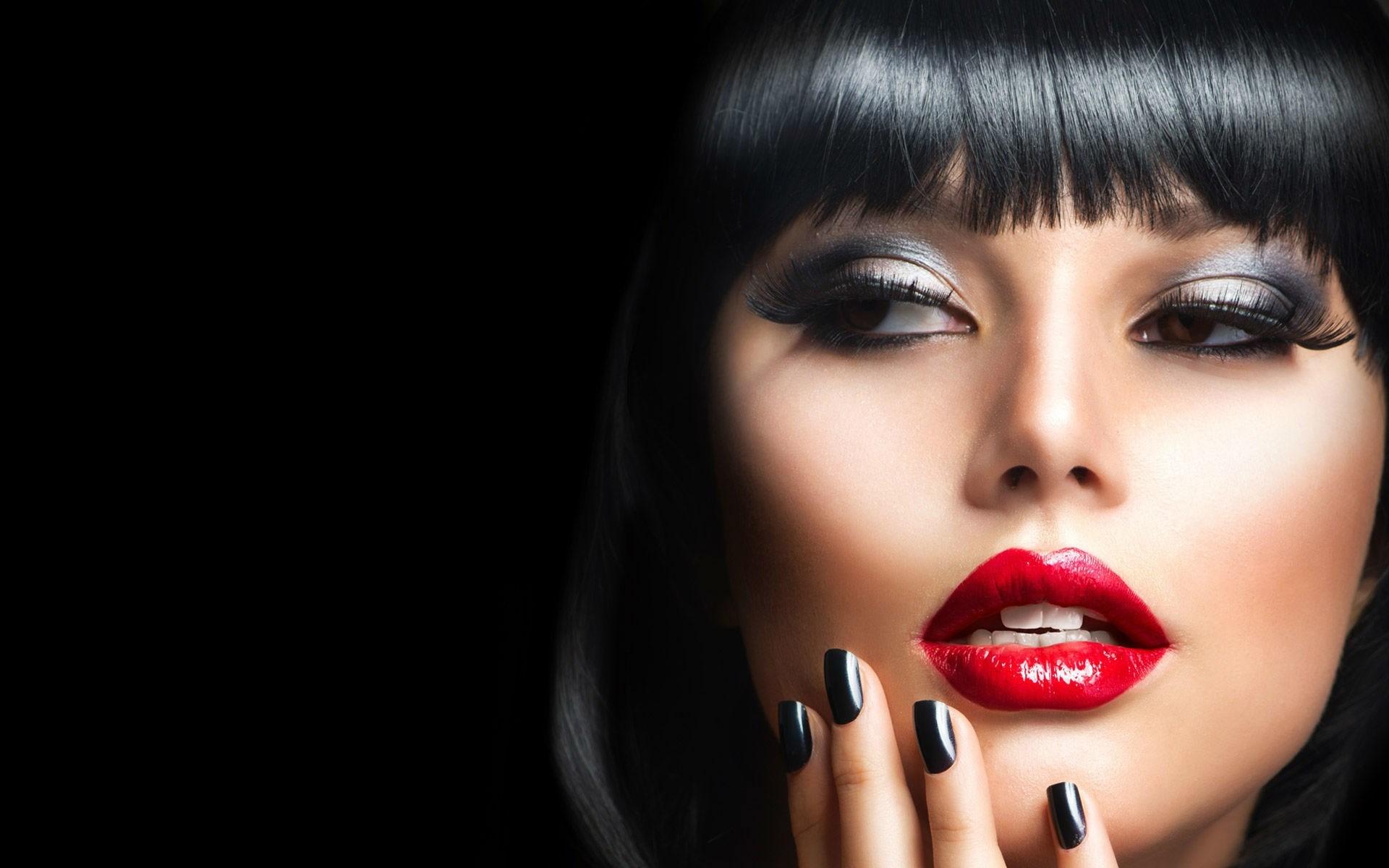 Model Girl Brunette Red Lips Portrait