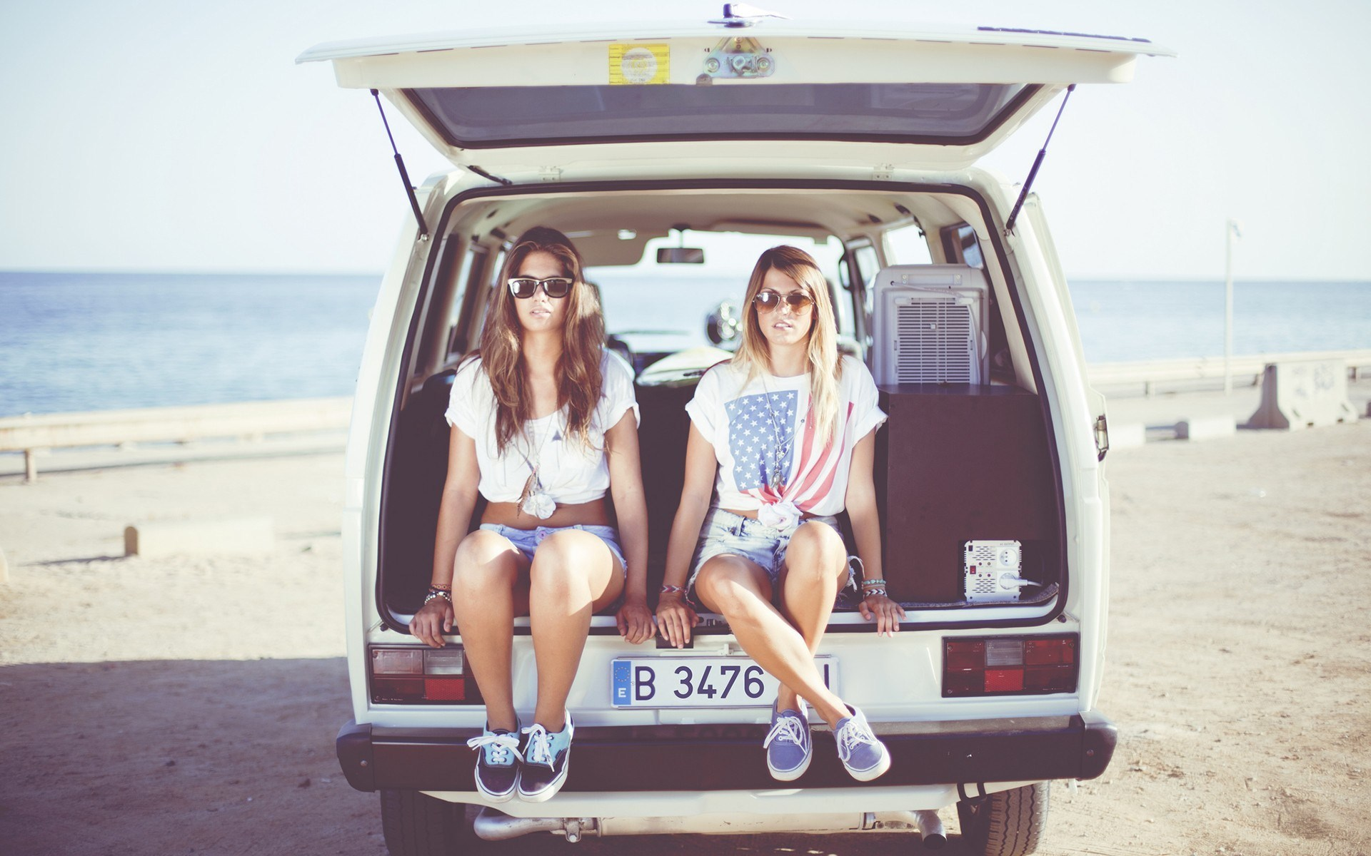 Models Girls Car Beach Mood
