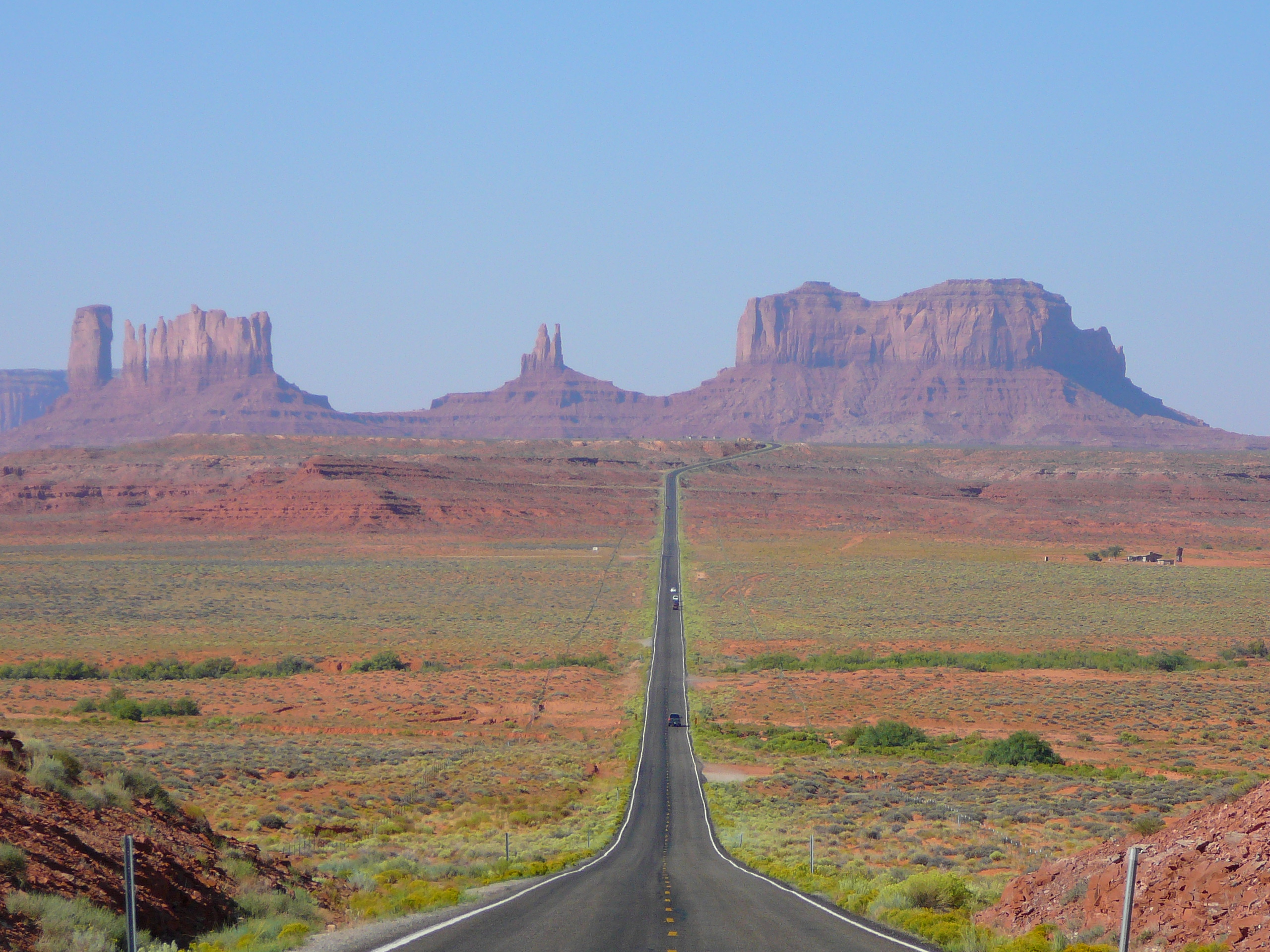 View of Monument Valley in Utah, looking south on US 163