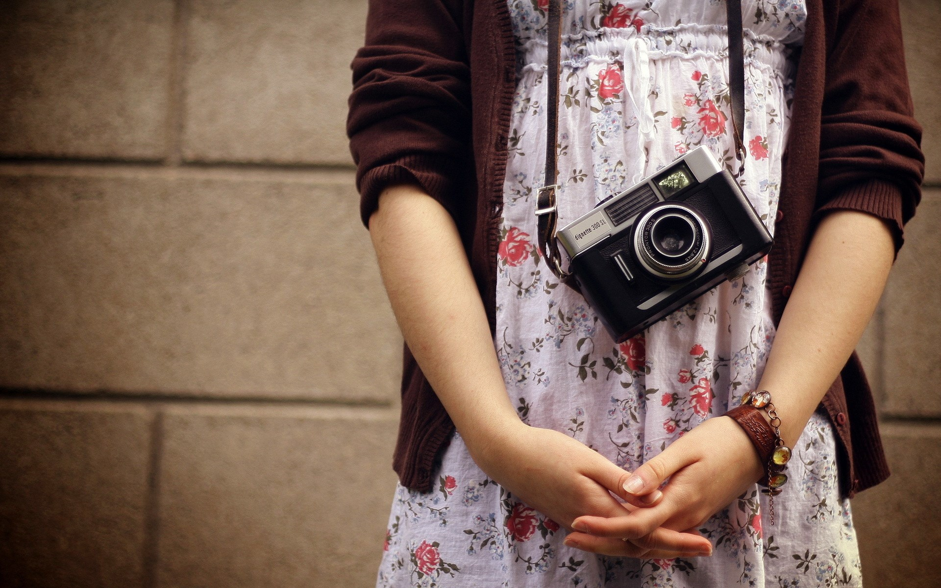 Girl Mood Camera