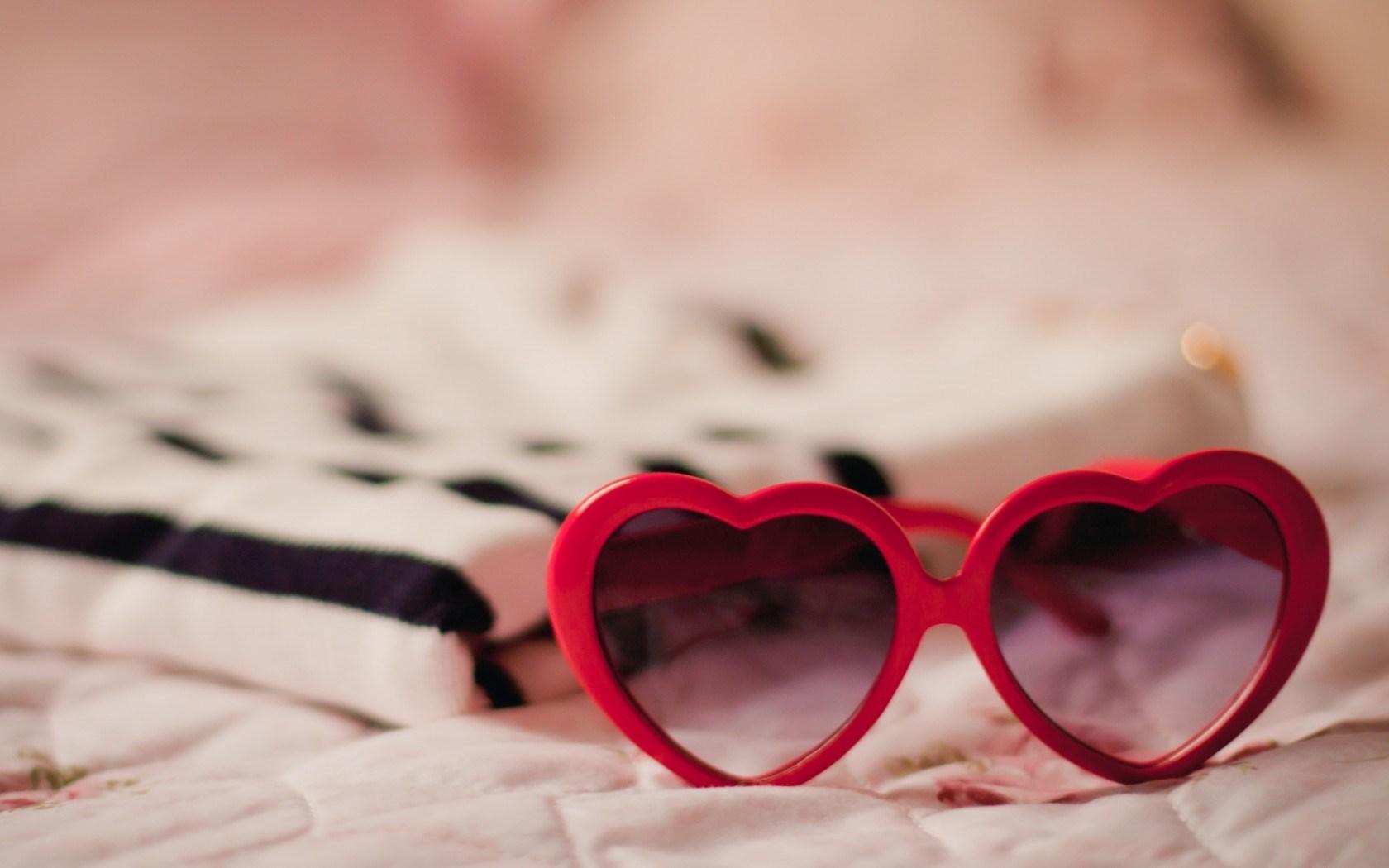 Mood Glasses Heart Shape