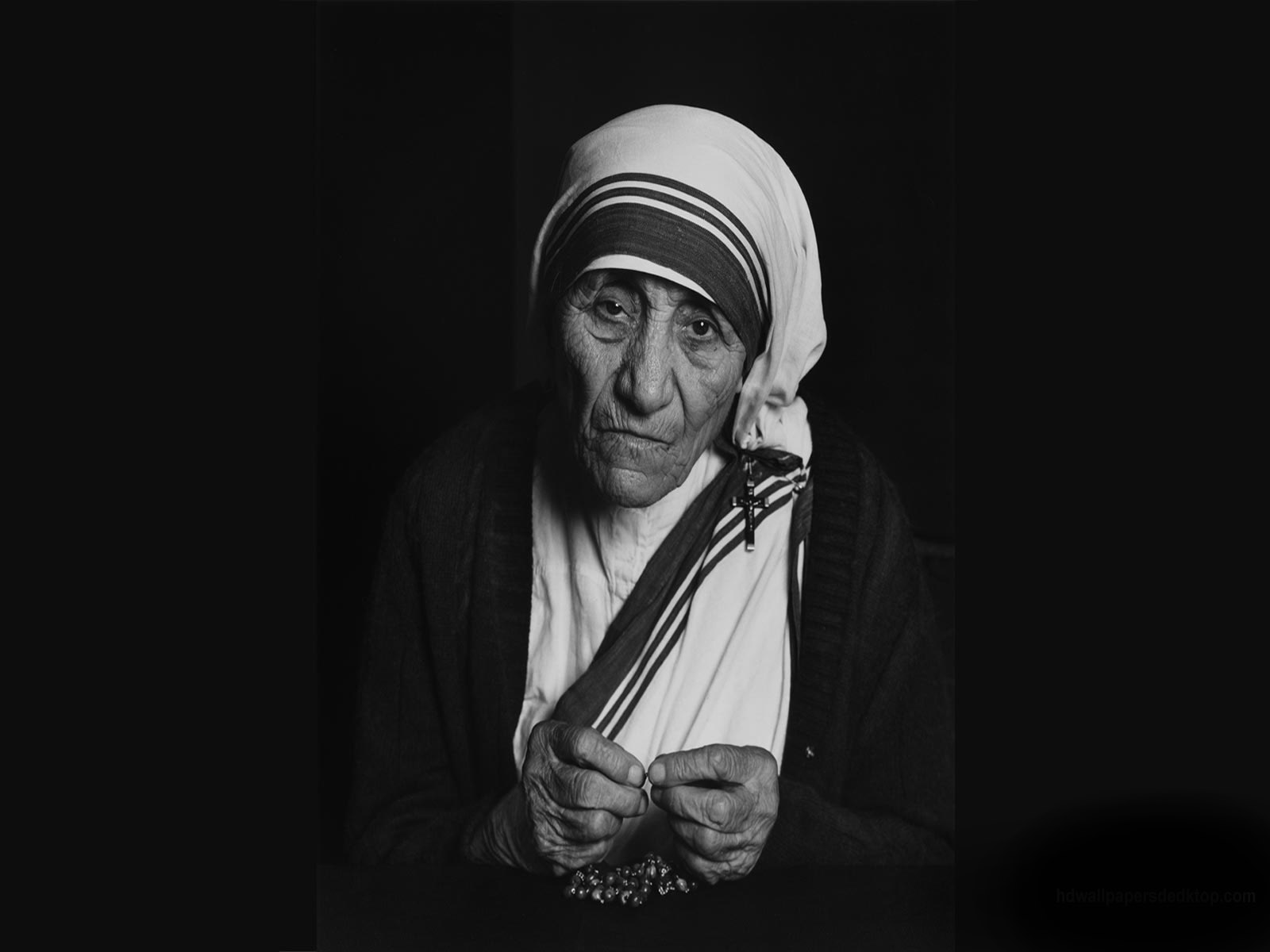Mother Teresa Books Mother Teresa Wallpaper