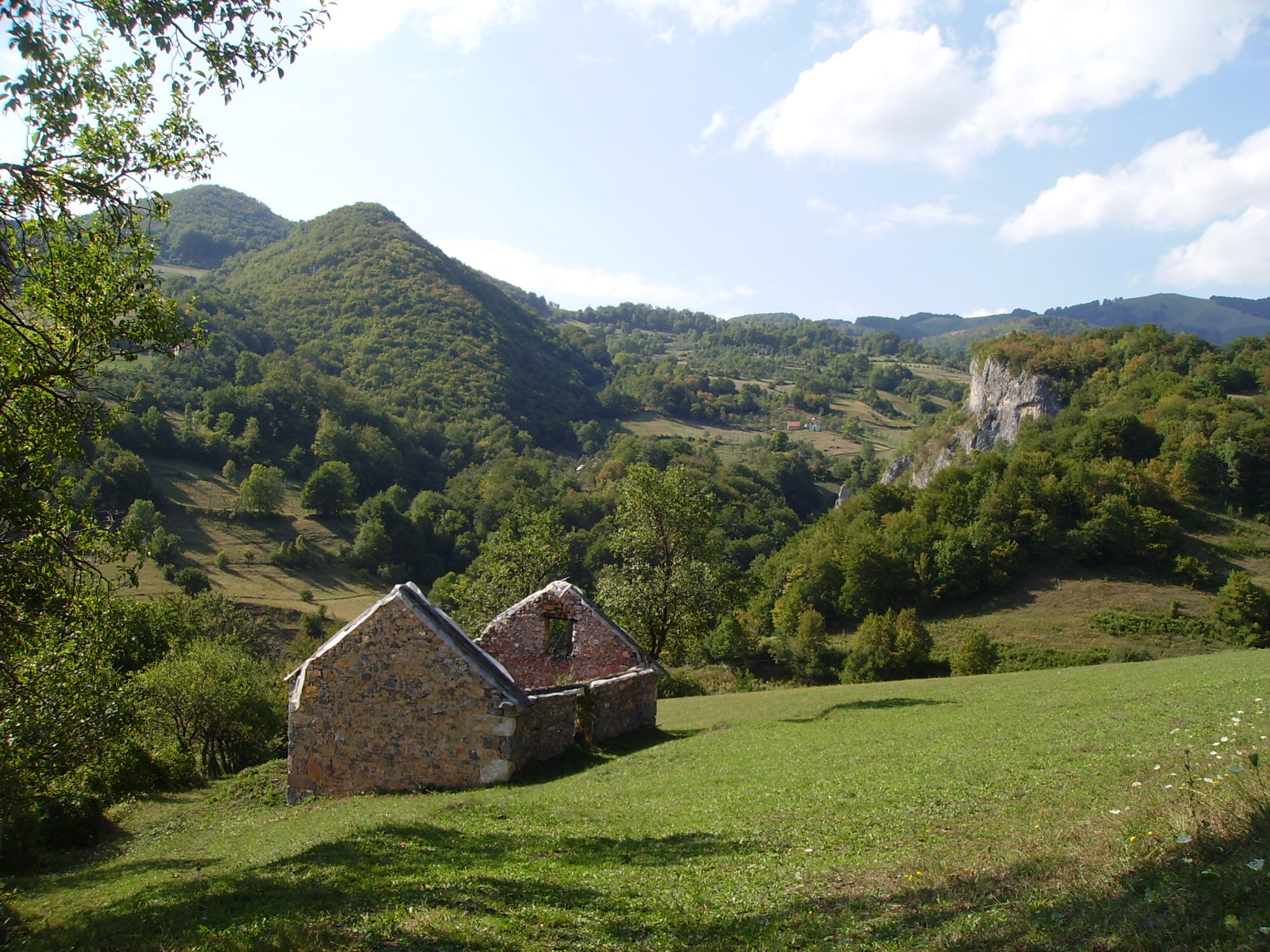 File:Dimitor Mountain Landscape.jpg