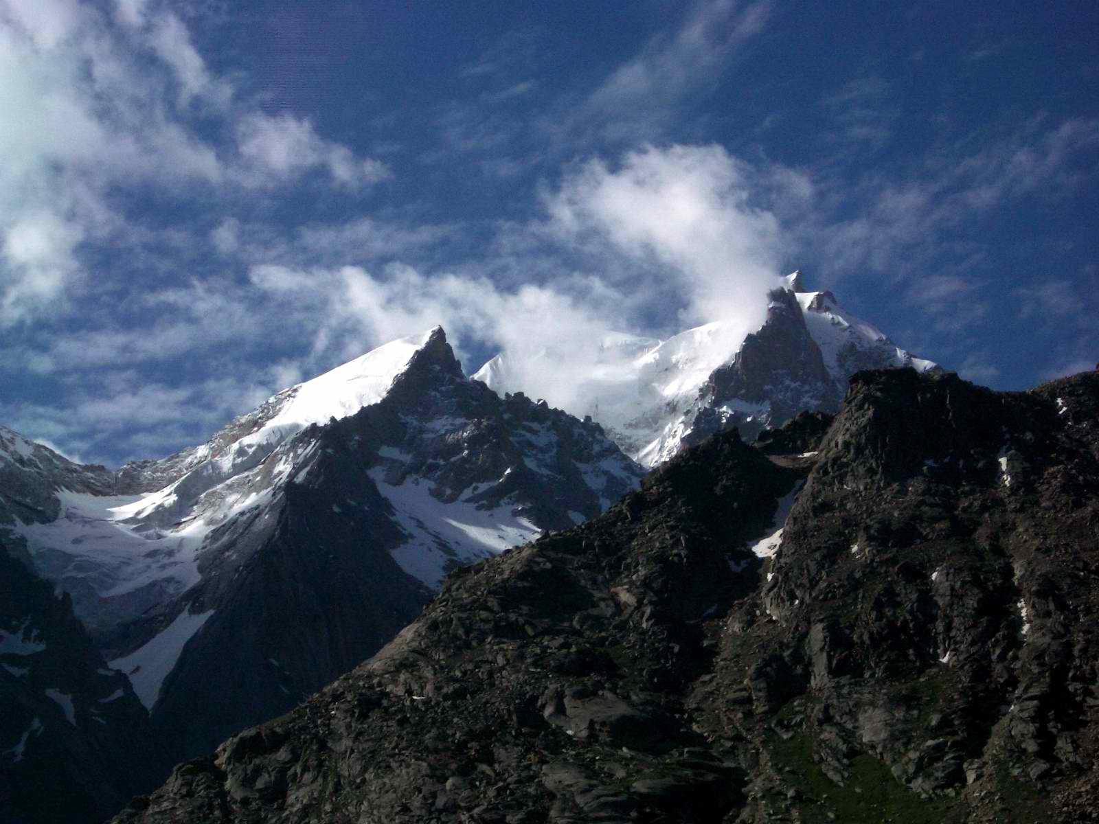 File:Mountain peaks, Lahul.jpg
