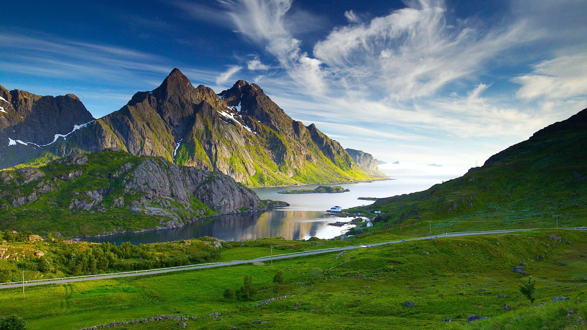 Beautiful Mountains Wallpaper · Fantastic Mountains Wallpaper ...