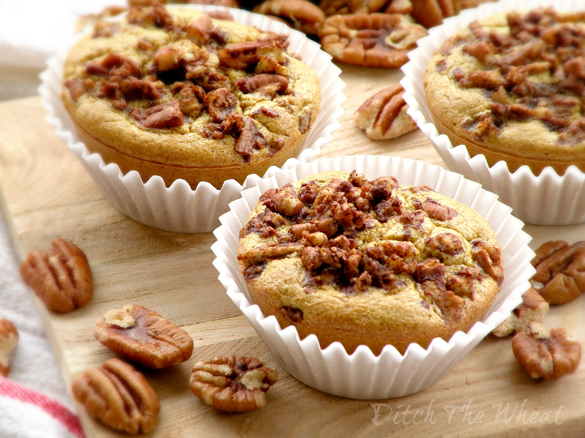 Maple Pecan Muffin HD wallpapers