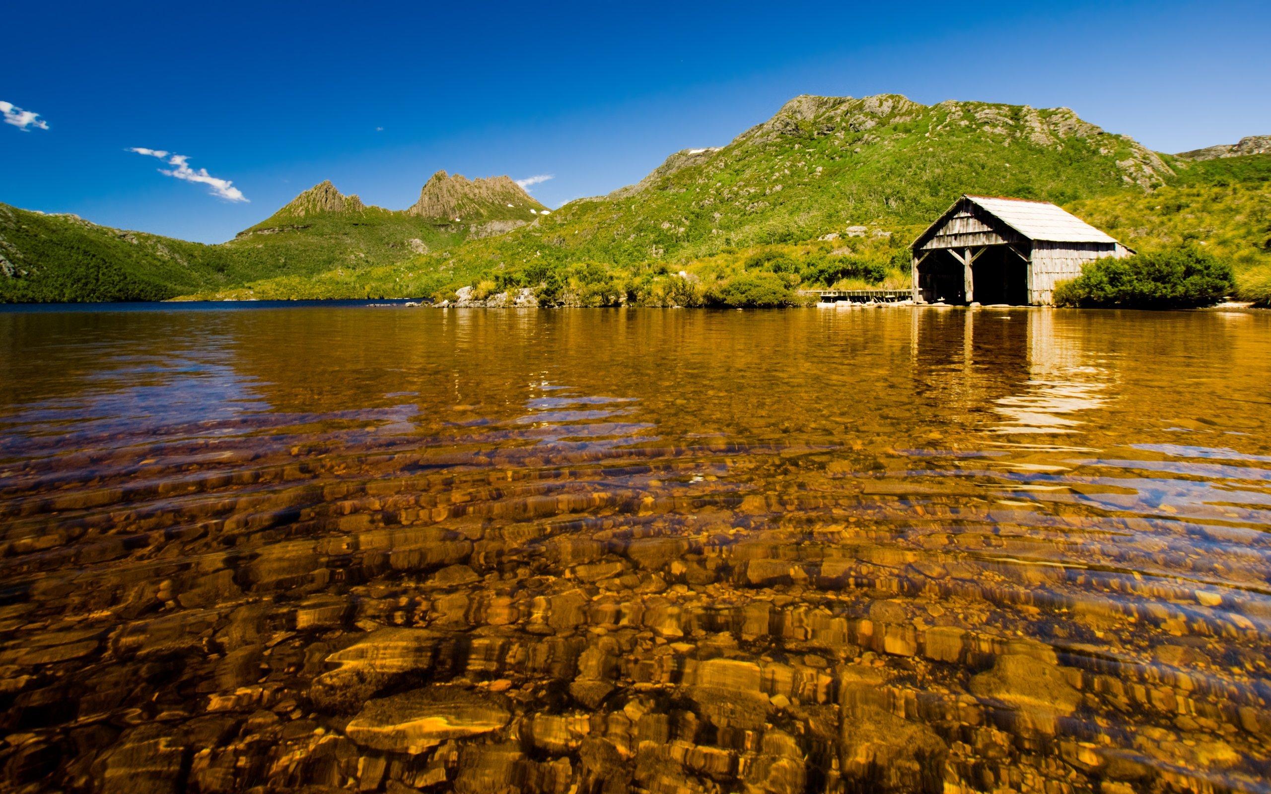 Nice Lake Cottage