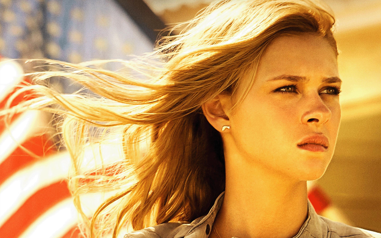 Nicola Peltz in Transformers 4