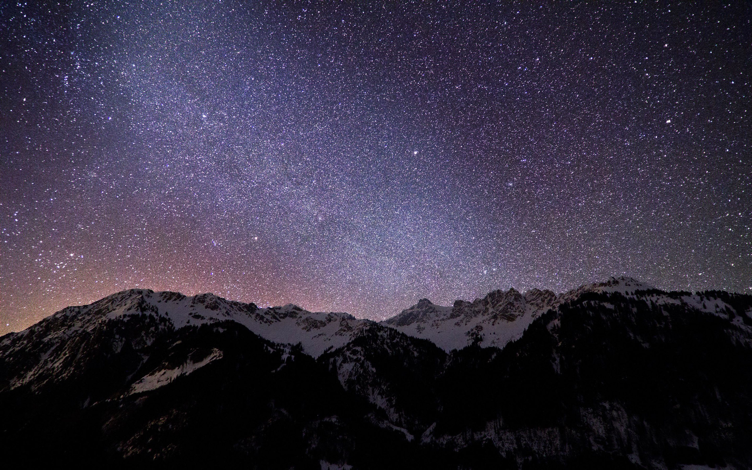 Night Lights in The Sky Wallpaper 2560x1600px