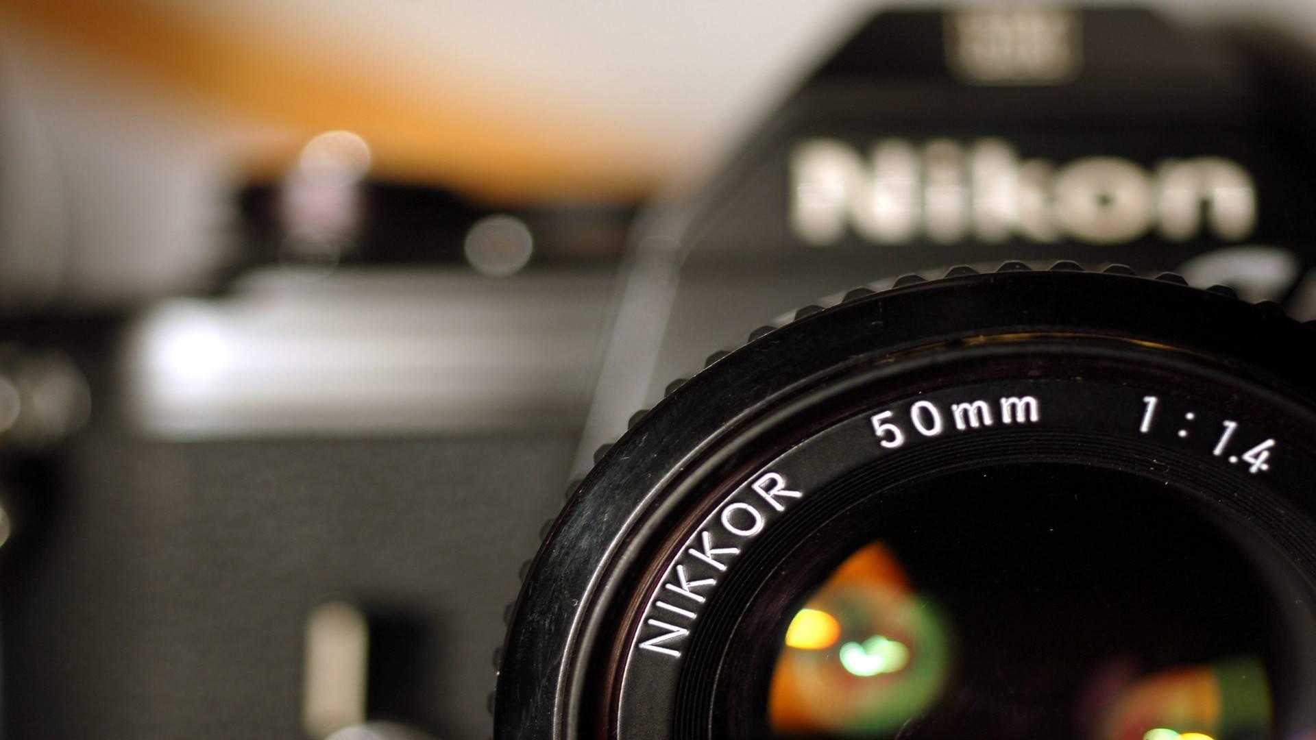 ... Nikon Wallpaper ...