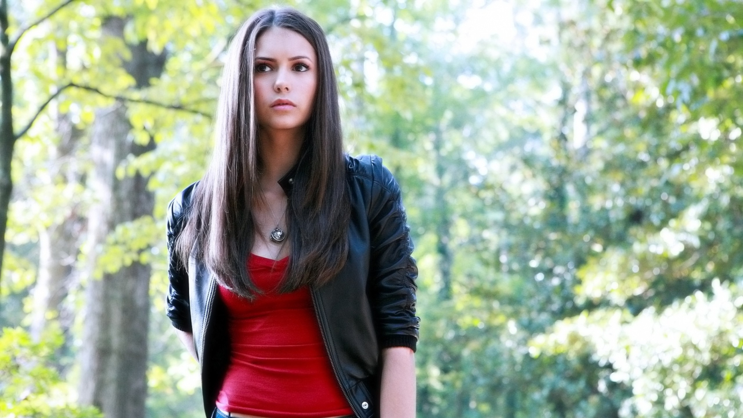 2560x1440 Wallpaper nina dobrev, brunette, actress, timber, style