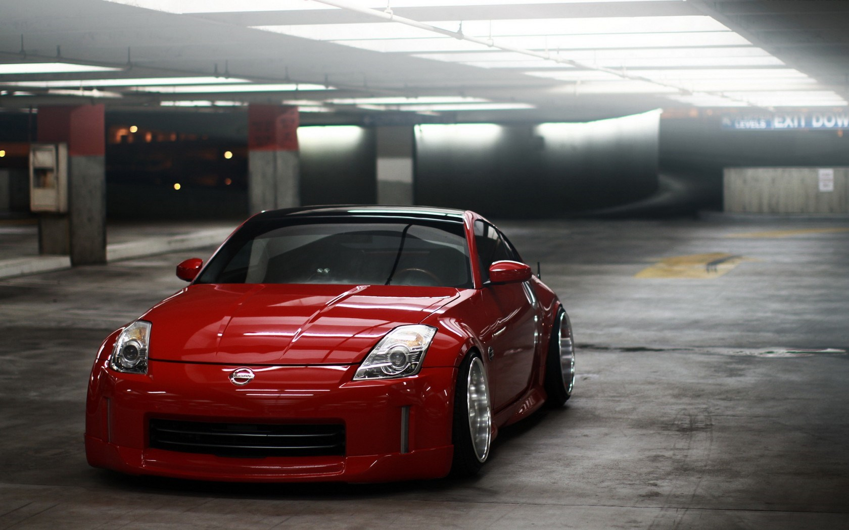 Nissan 350Z Tuning Garage