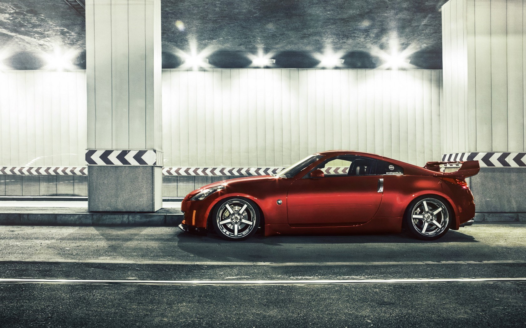 Nissan 350Z Tuning Car Street