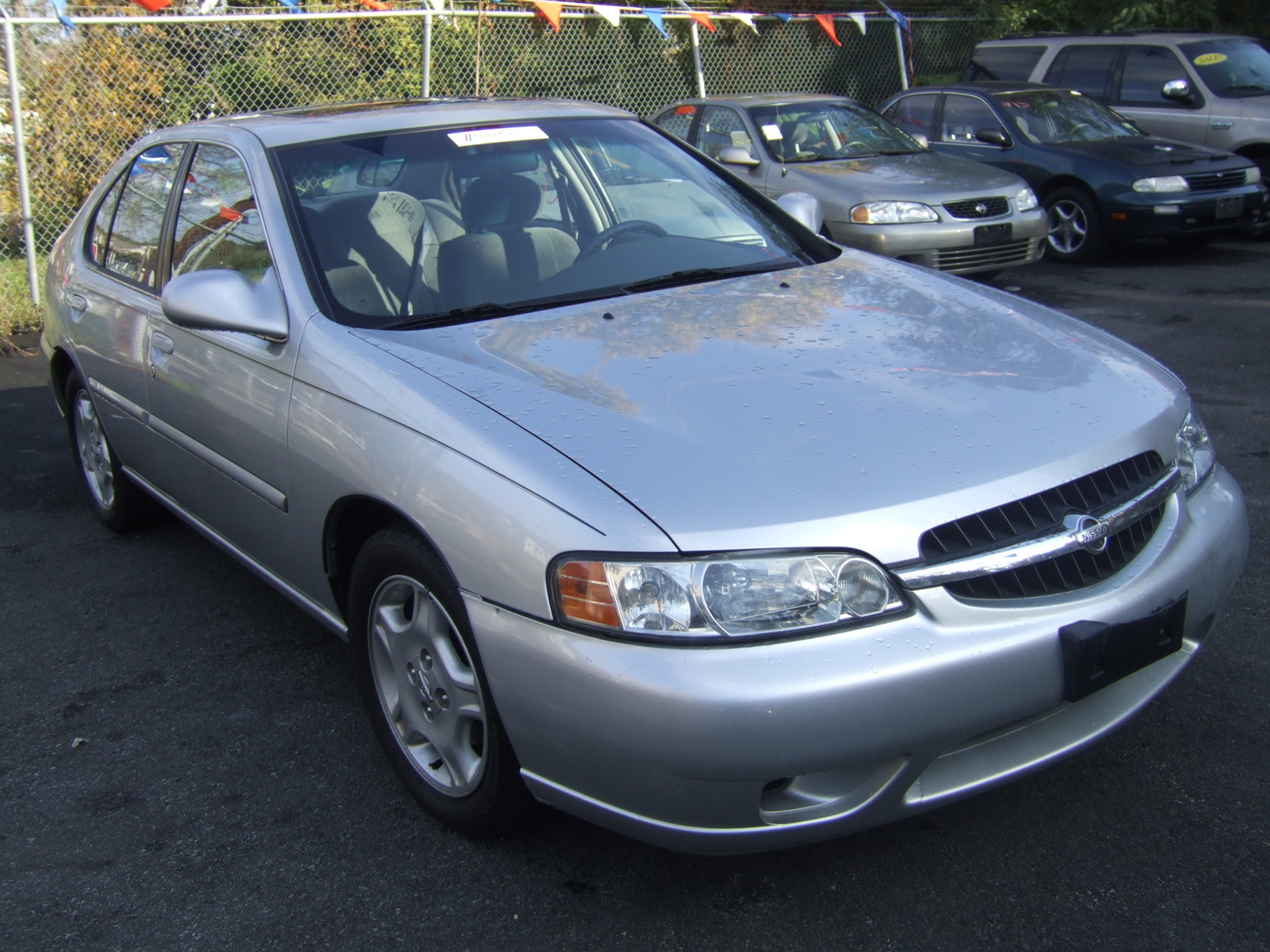 Picture of 2001 Nissan Altima GXE, exterior