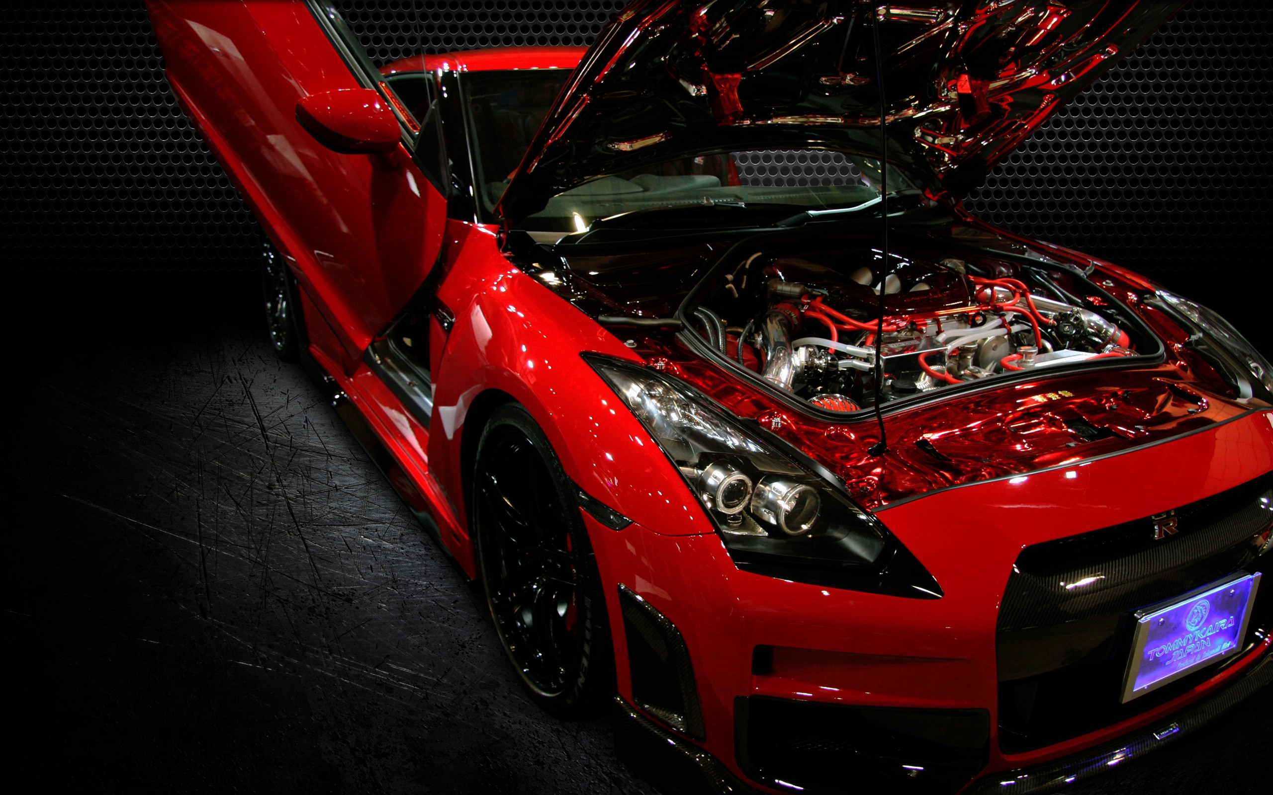 Nissan GT-R Red Car Tuning